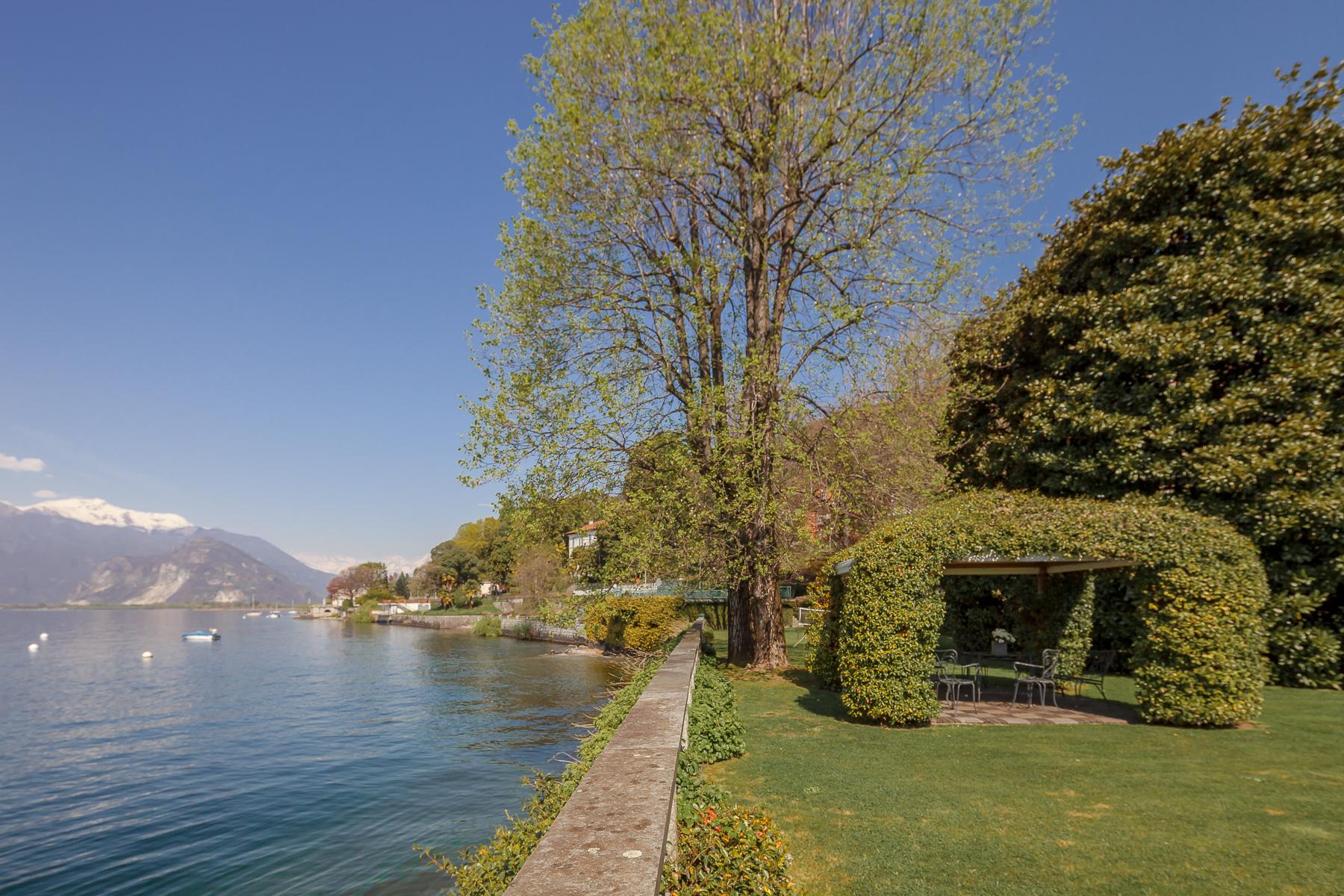 Villa in Vendita a Verbania: 5 locali, 550 mq - Foto 5