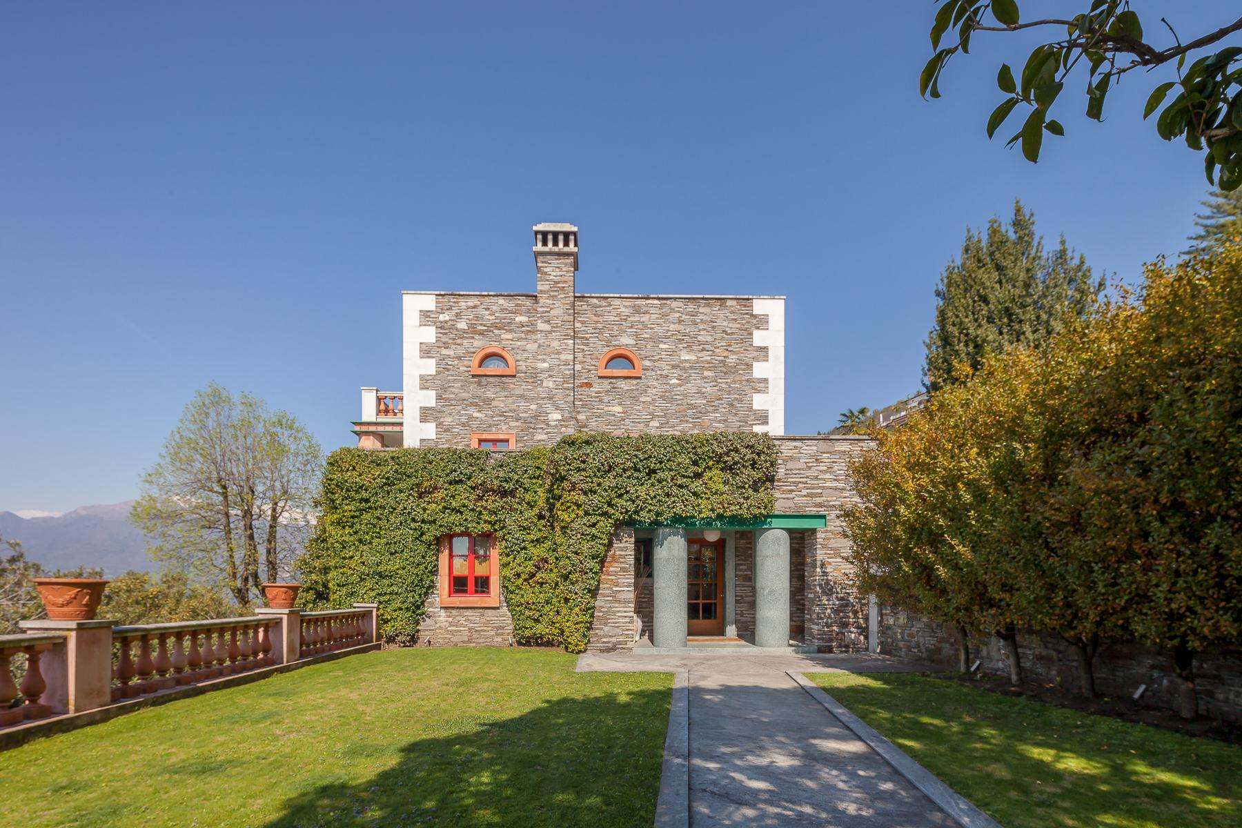 Villa in Vendita a Verbania: 5 locali, 550 mq - Foto 8