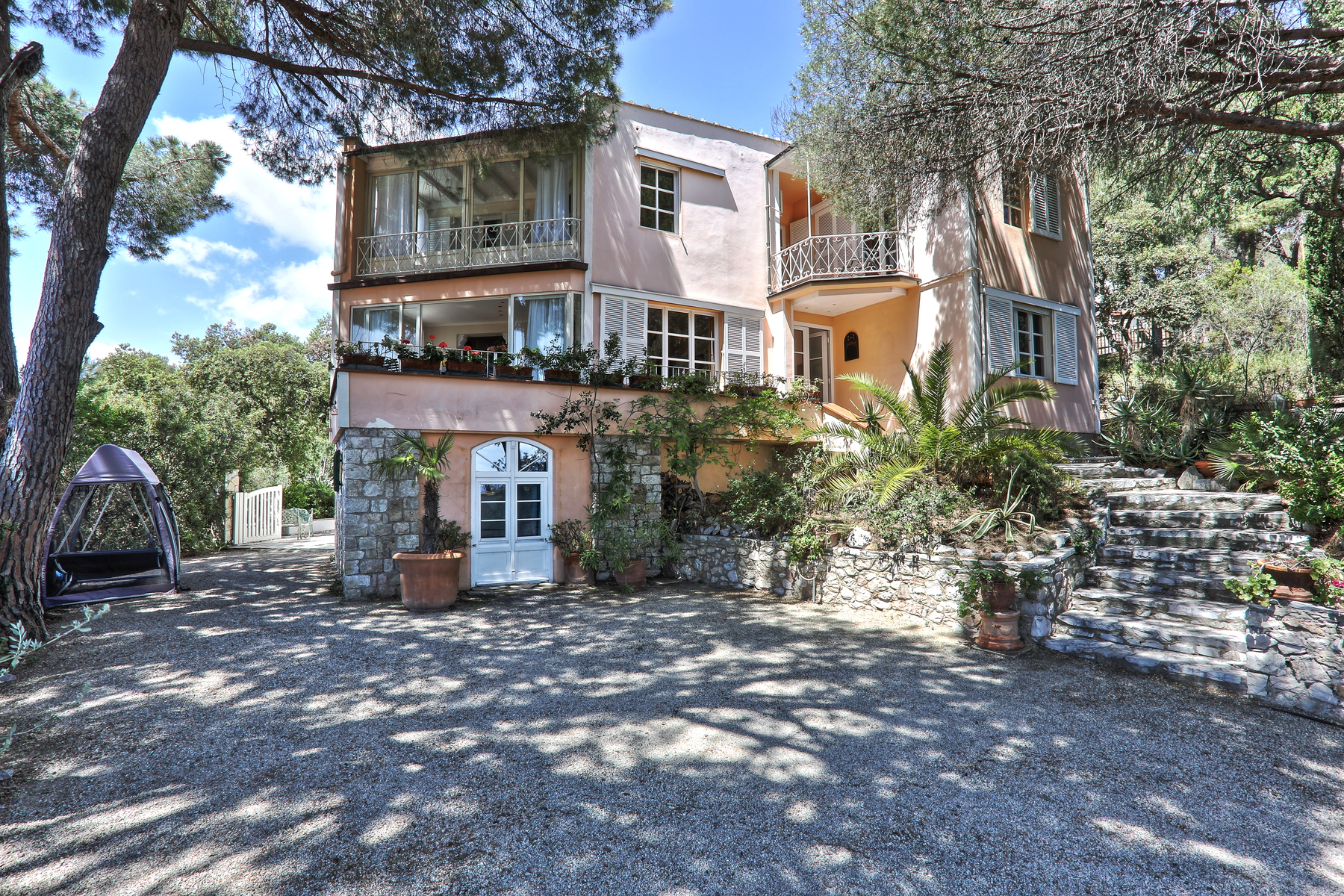 Villa in Vendita a Capoliveri: 5 locali, 300 mq