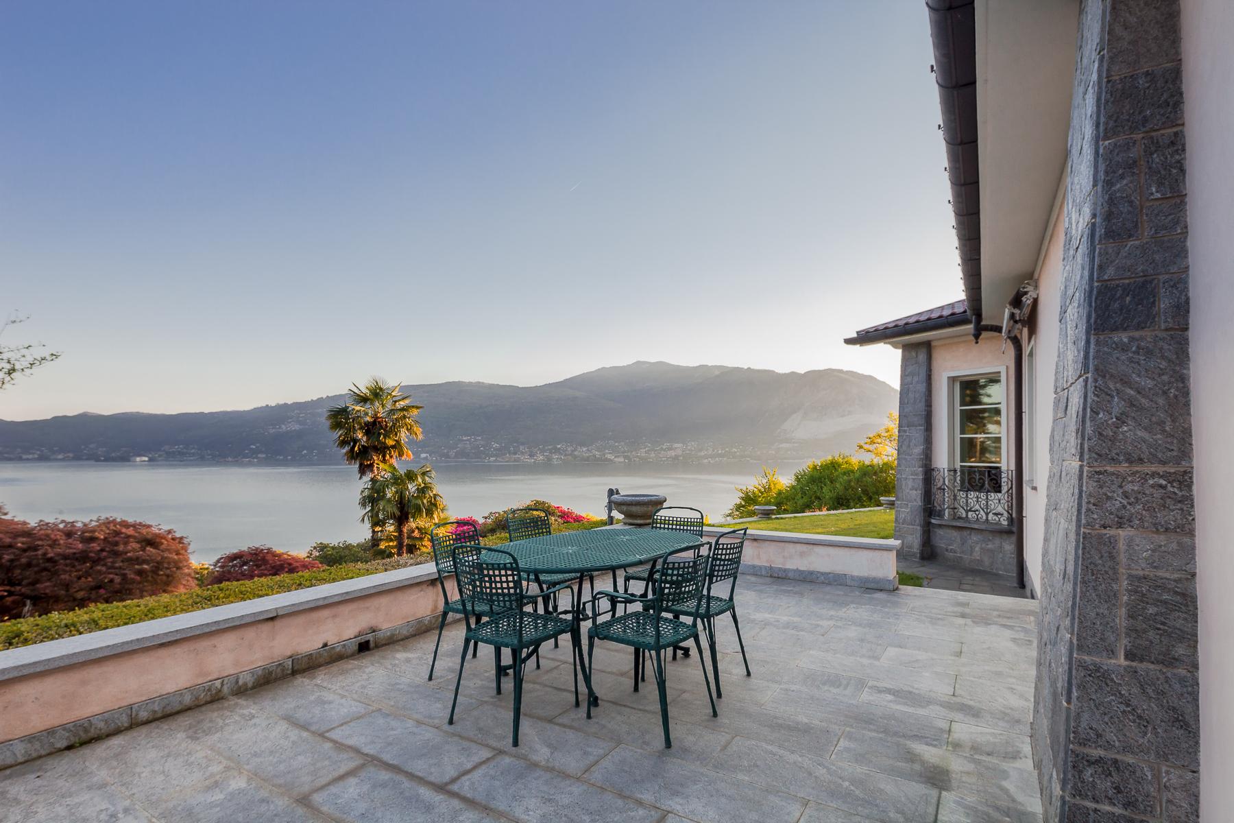 Villa in Vendita a Verbania: 5 locali, 800 mq - Foto 2
