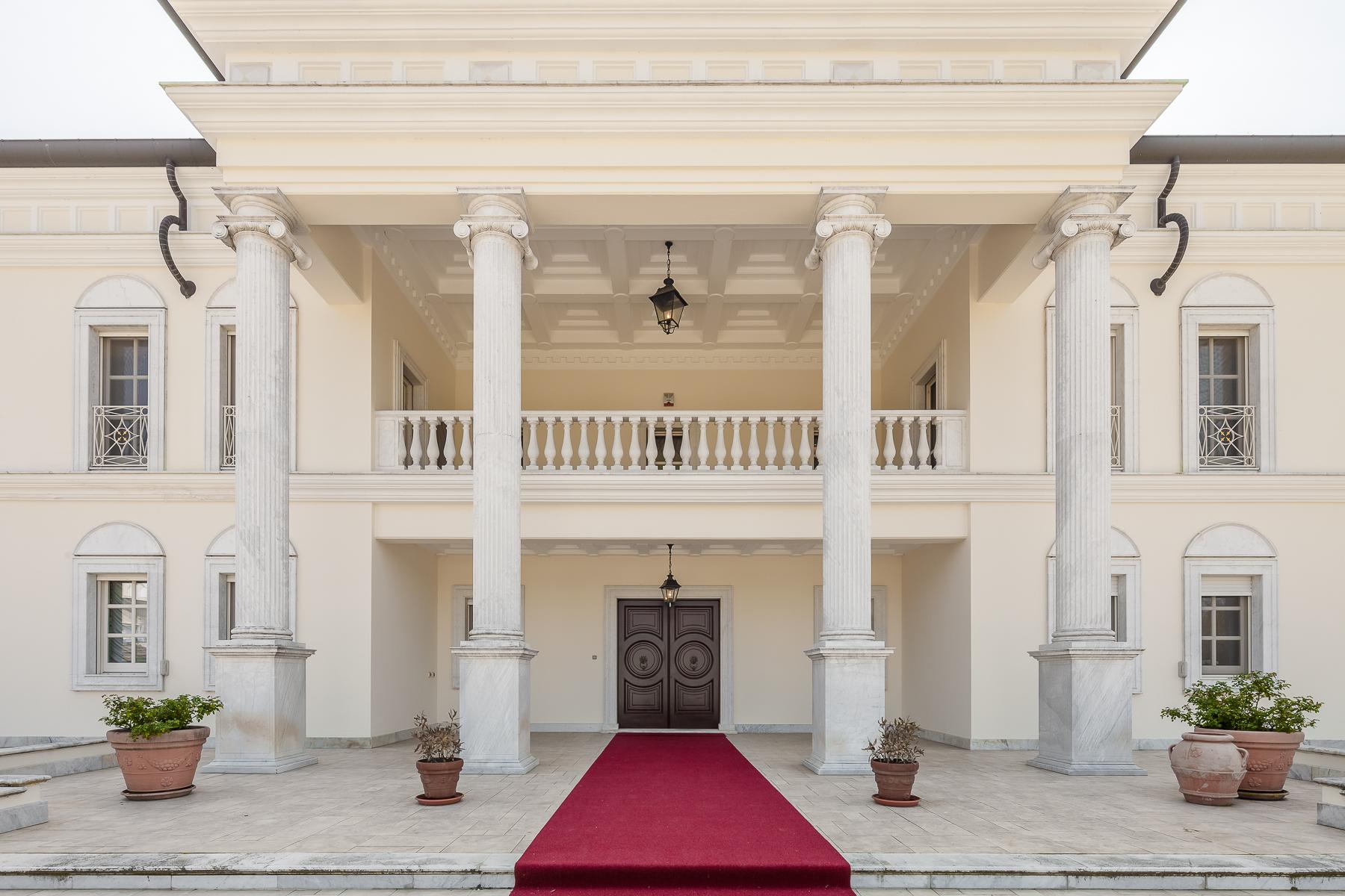 Villa in Vendita a Robbio: 5 locali, 1300 mq - Foto 7