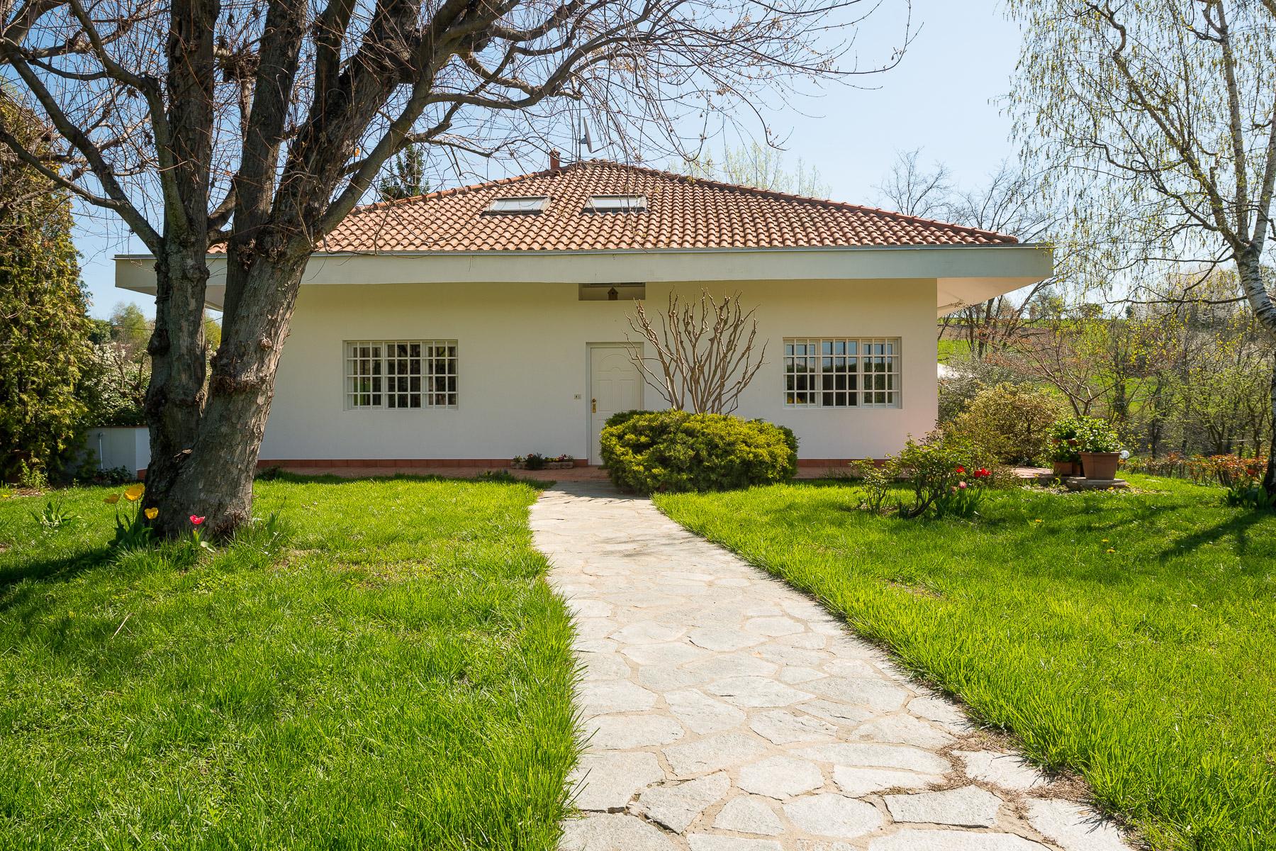 Villa in Vendita a Pino Torinese:  5 locali, 350 mq  - Foto 1
