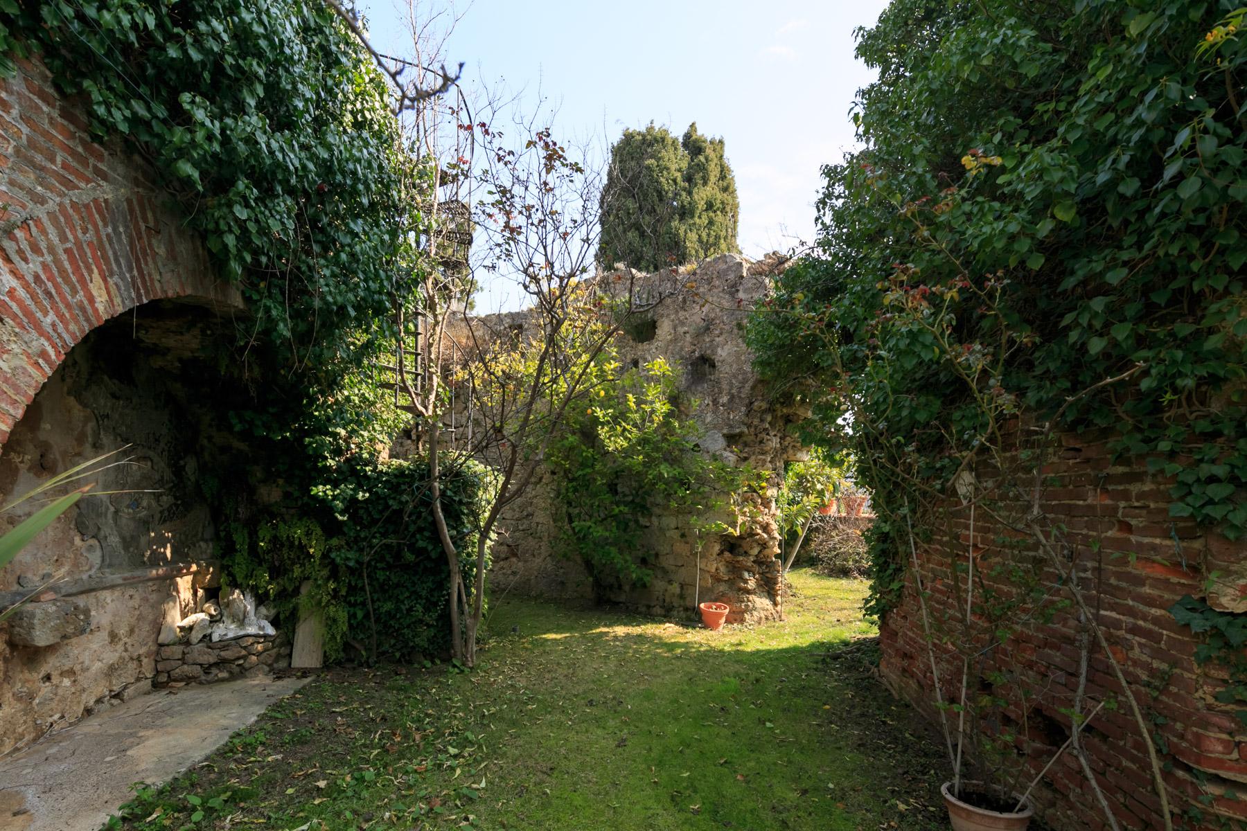 Villa in Vendita a Camaiore: 5 locali, 500 mq - Foto 25