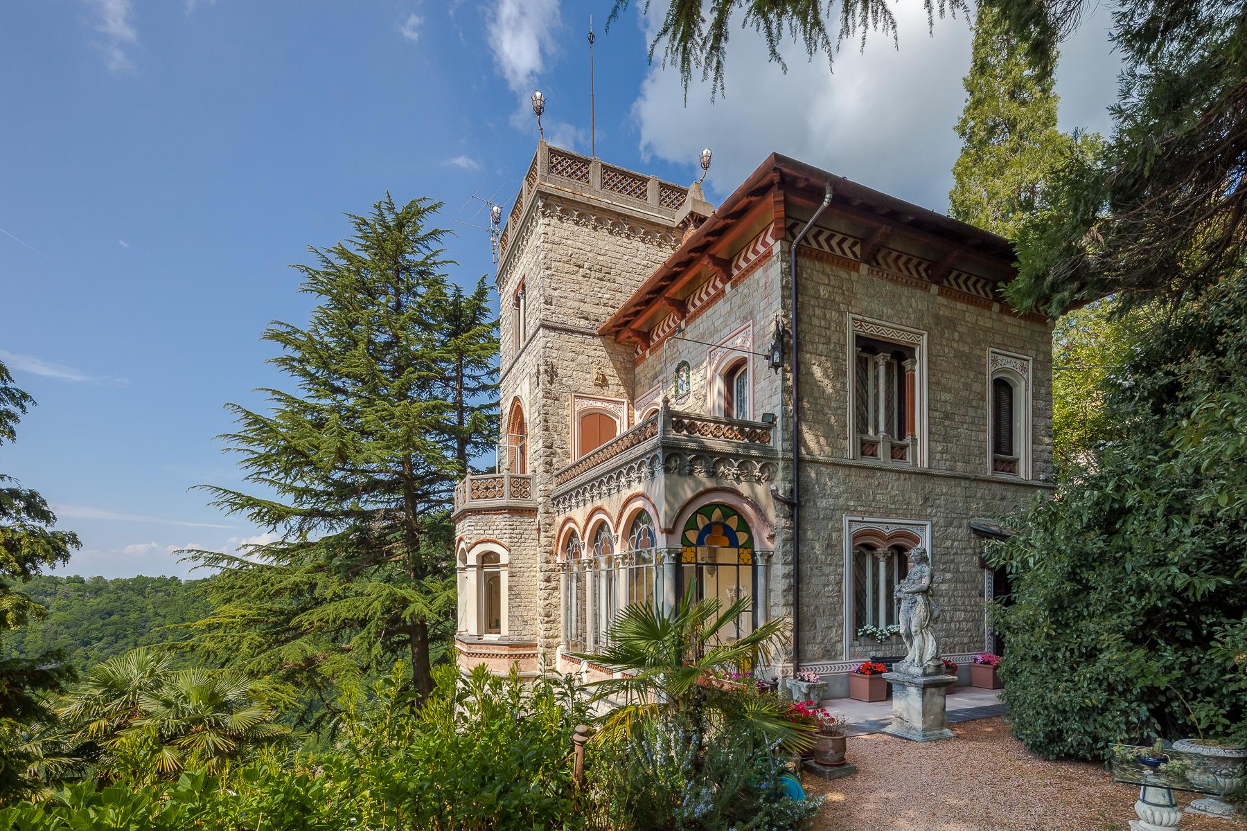 Villa in Vendita a Varese: 5 locali, 375 mq - Foto 4