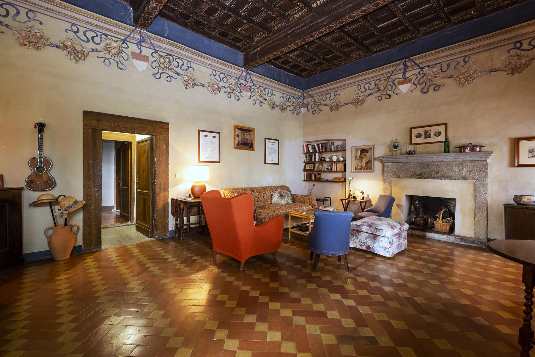 Rustico in Vendita a Viterbo: 5 locali, 900 mq - Foto 2