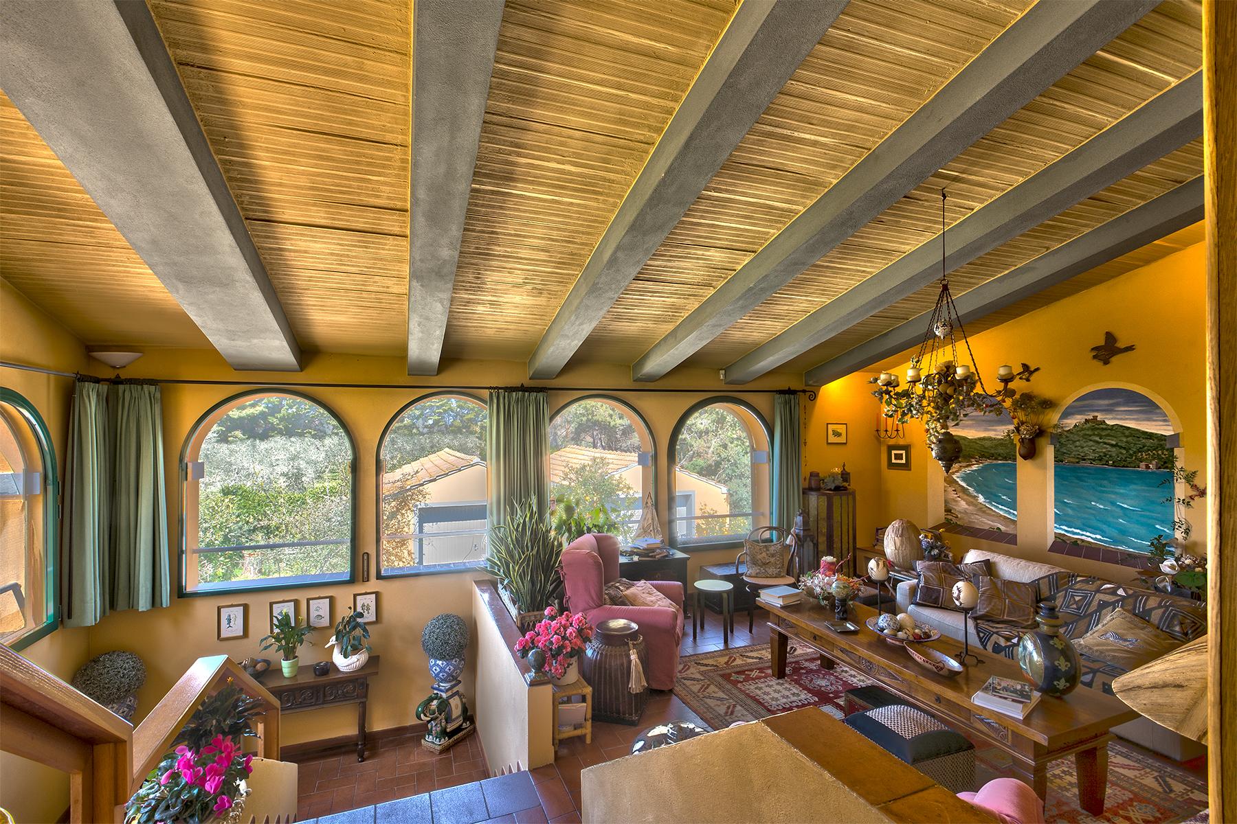 Villa in Vendita a San Vincenzo: 5 locali, 500 mq