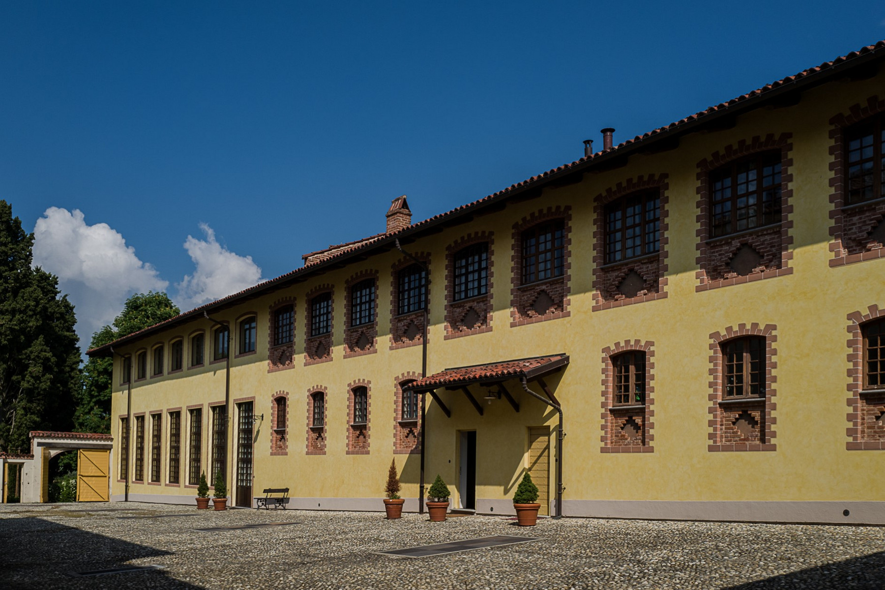 Appartamento in Vendita a Chieri: 5 locali, 300 mq