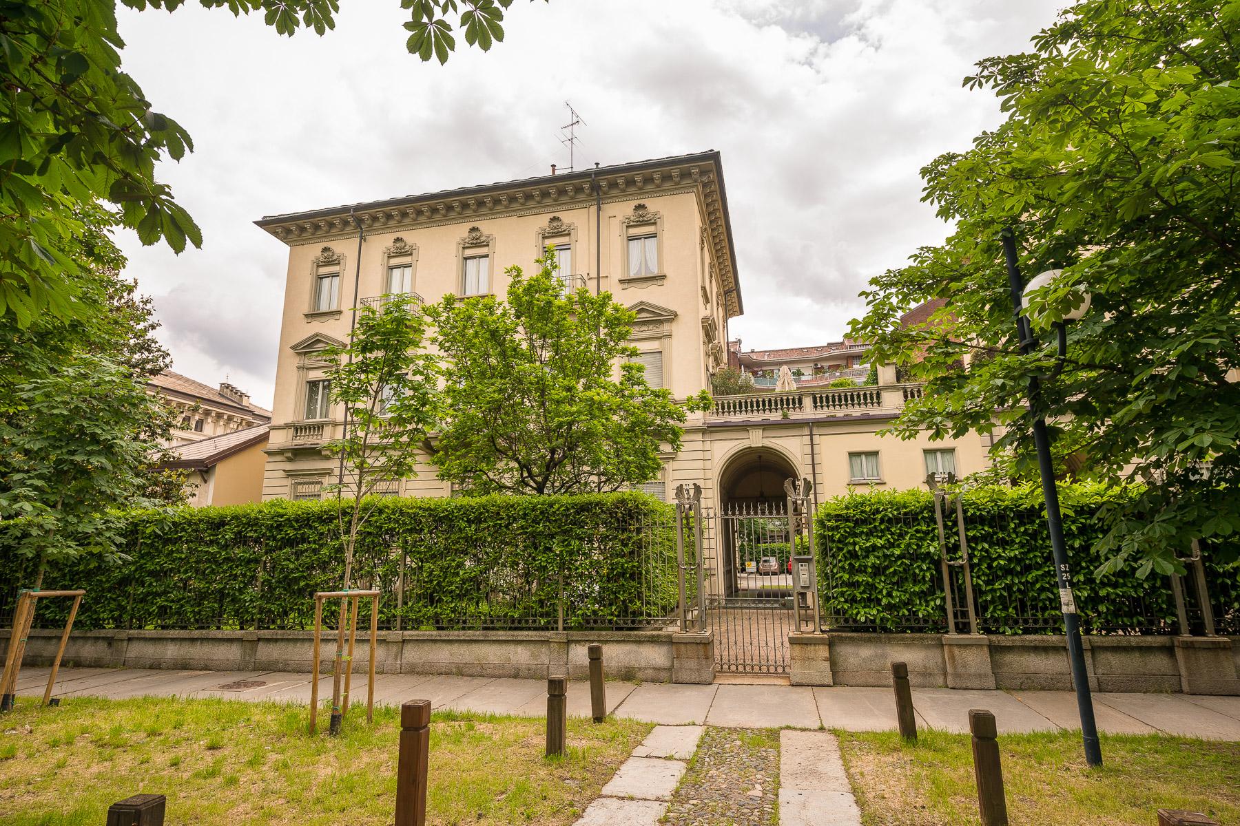 Appartamento in Vendita a Torino Centro: 5 locali, 417 mq