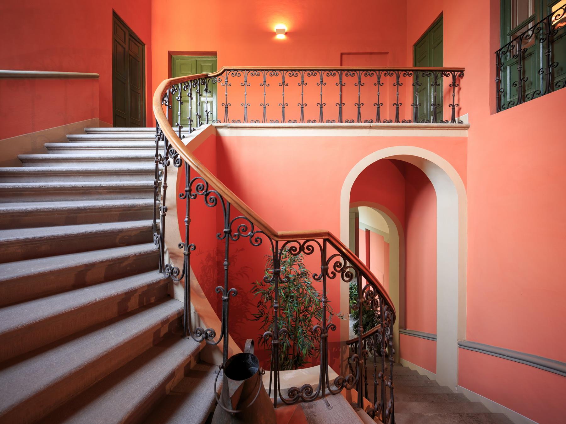 Appartamento in Vendita a Lucca: 5 locali, 288 mq - Foto 2