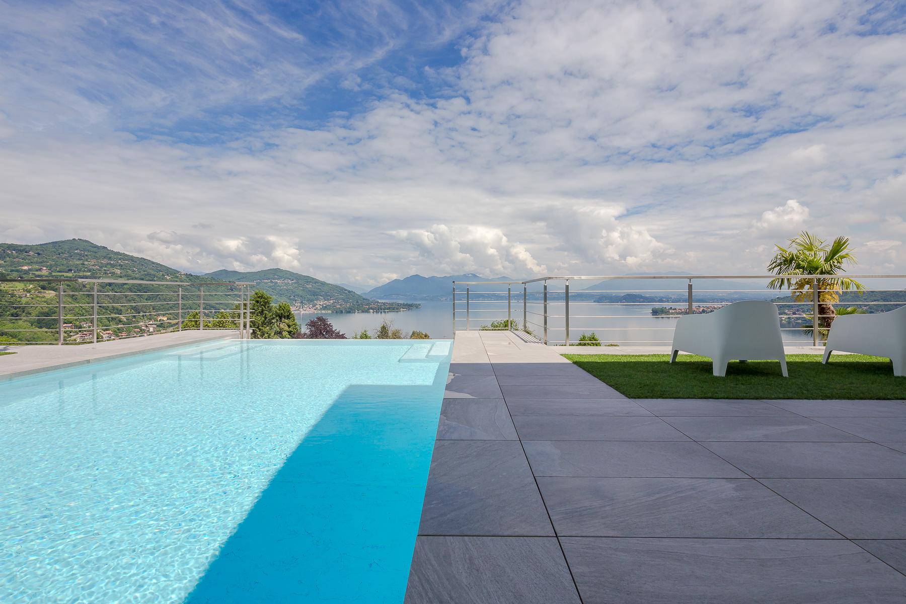 Villa in Vendita a Meina: 5 locali, 750 mq - Foto 3