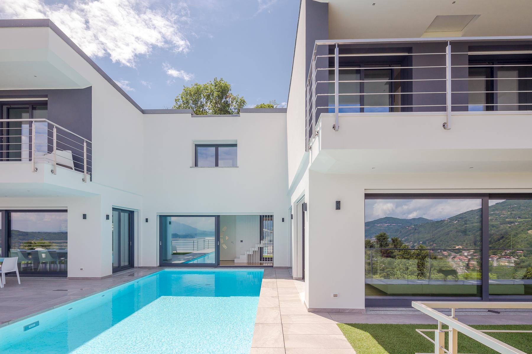 Villa in Vendita a Meina: 5 locali, 750 mq - Foto 4