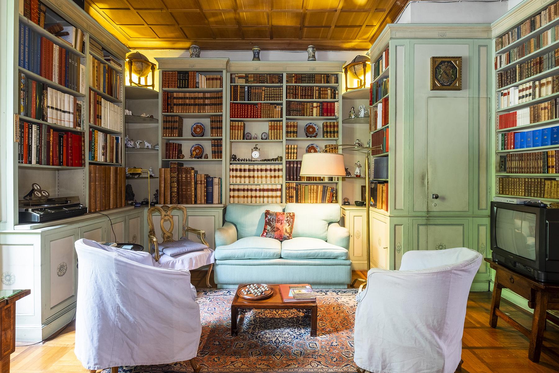 Villa in Vendita a Roma: 5 locali, 620 mq - Foto 2