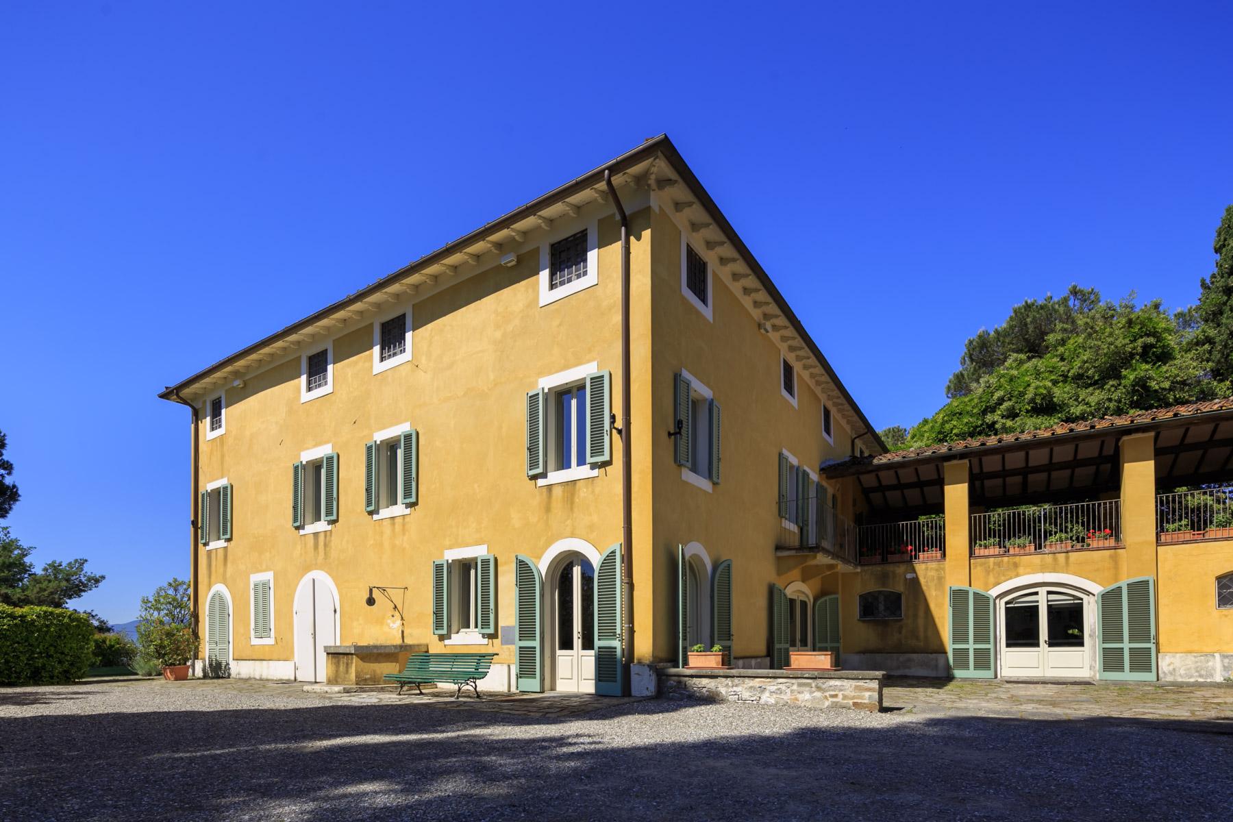 Villa in Vendita a Montecarlo: 5 locali, 1000 mq - Foto 2