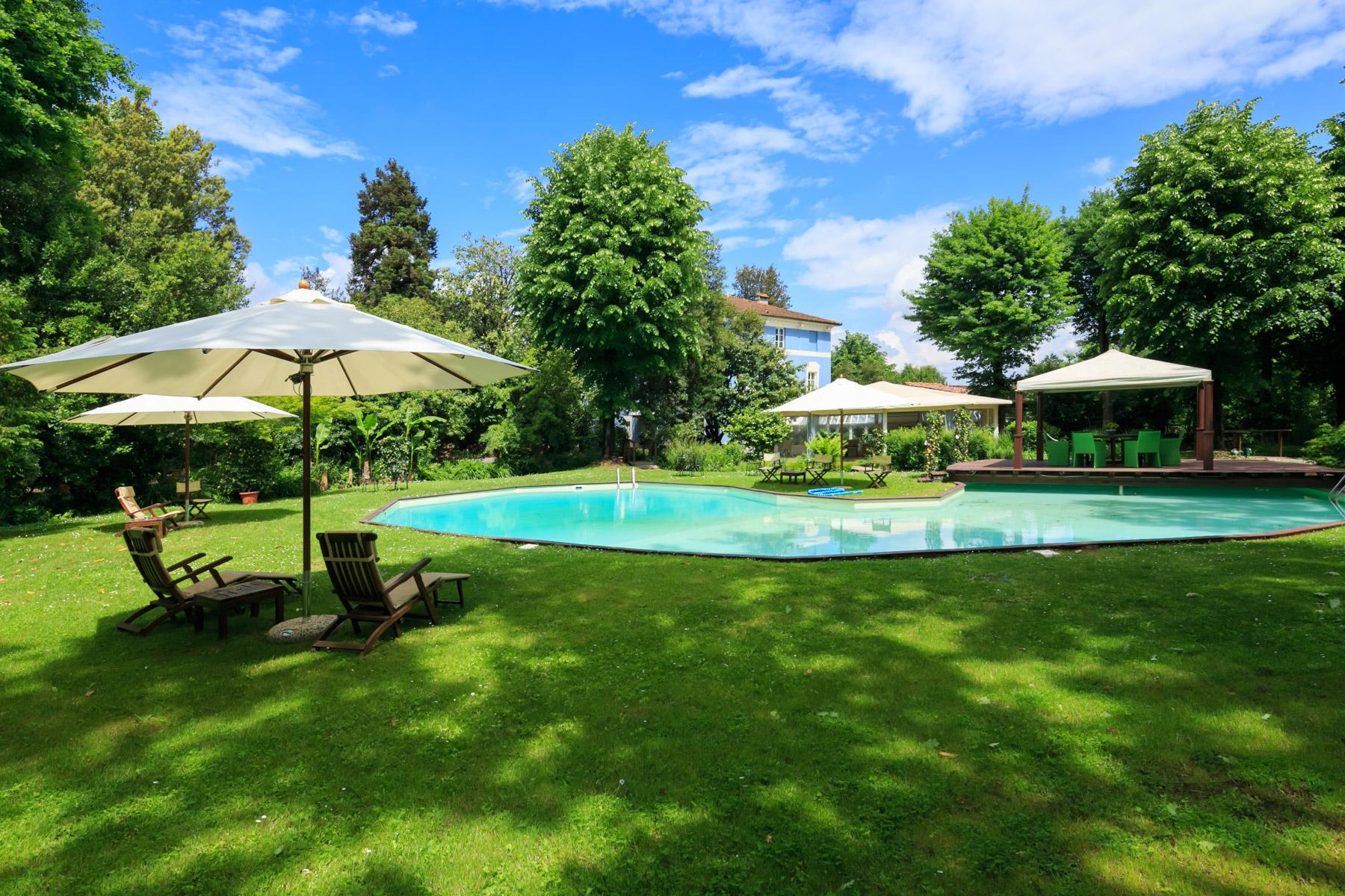 Villa in Vendita a Lucca: 5 locali, 700 mq - Foto 1