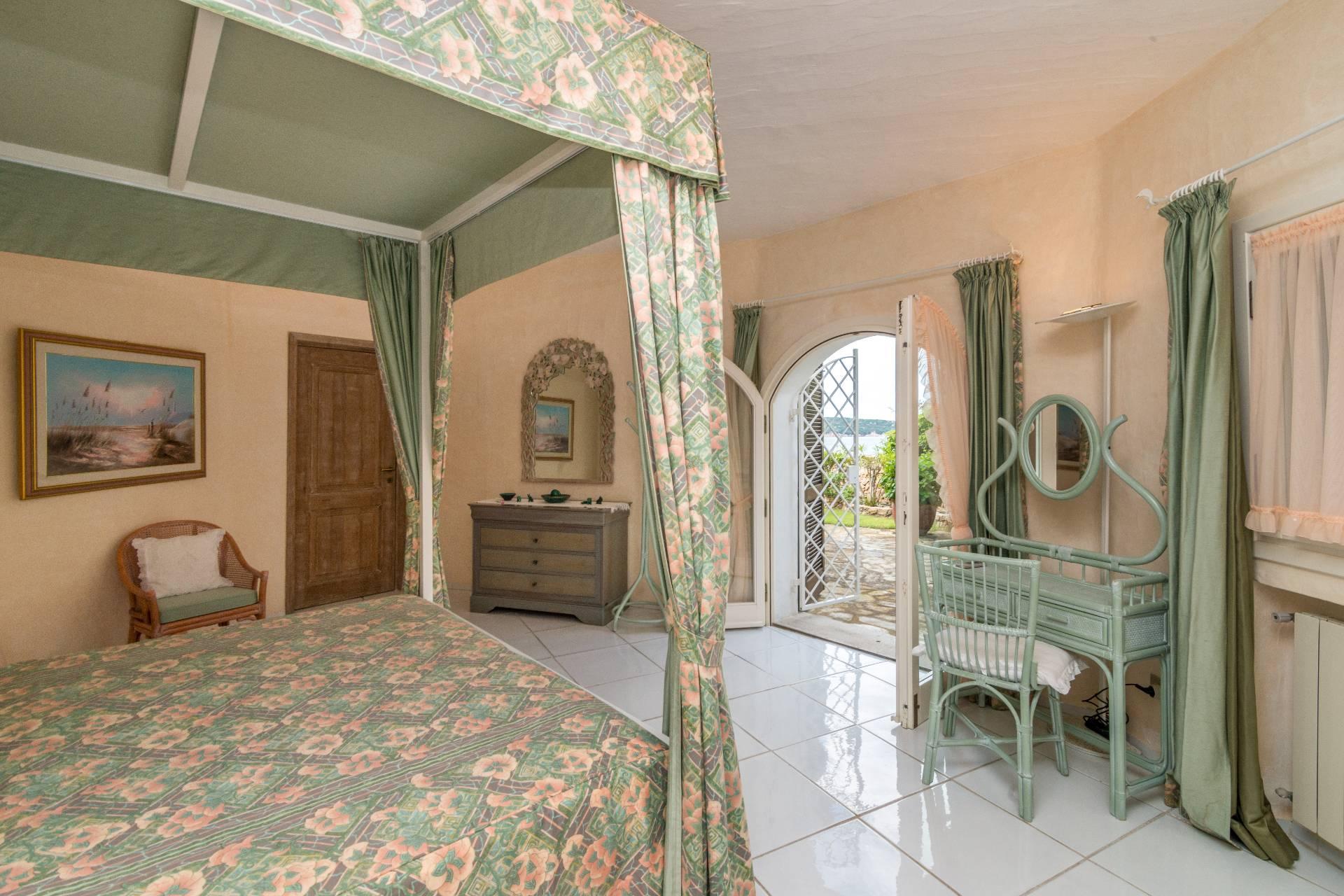 Villa in Vendita a Arzachena: 5 locali, 300 mq - Foto 15