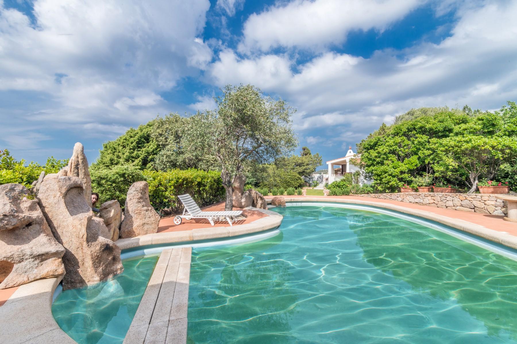 Villa in Vendita a Arzachena: 5 locali, 300 mq - Foto 13