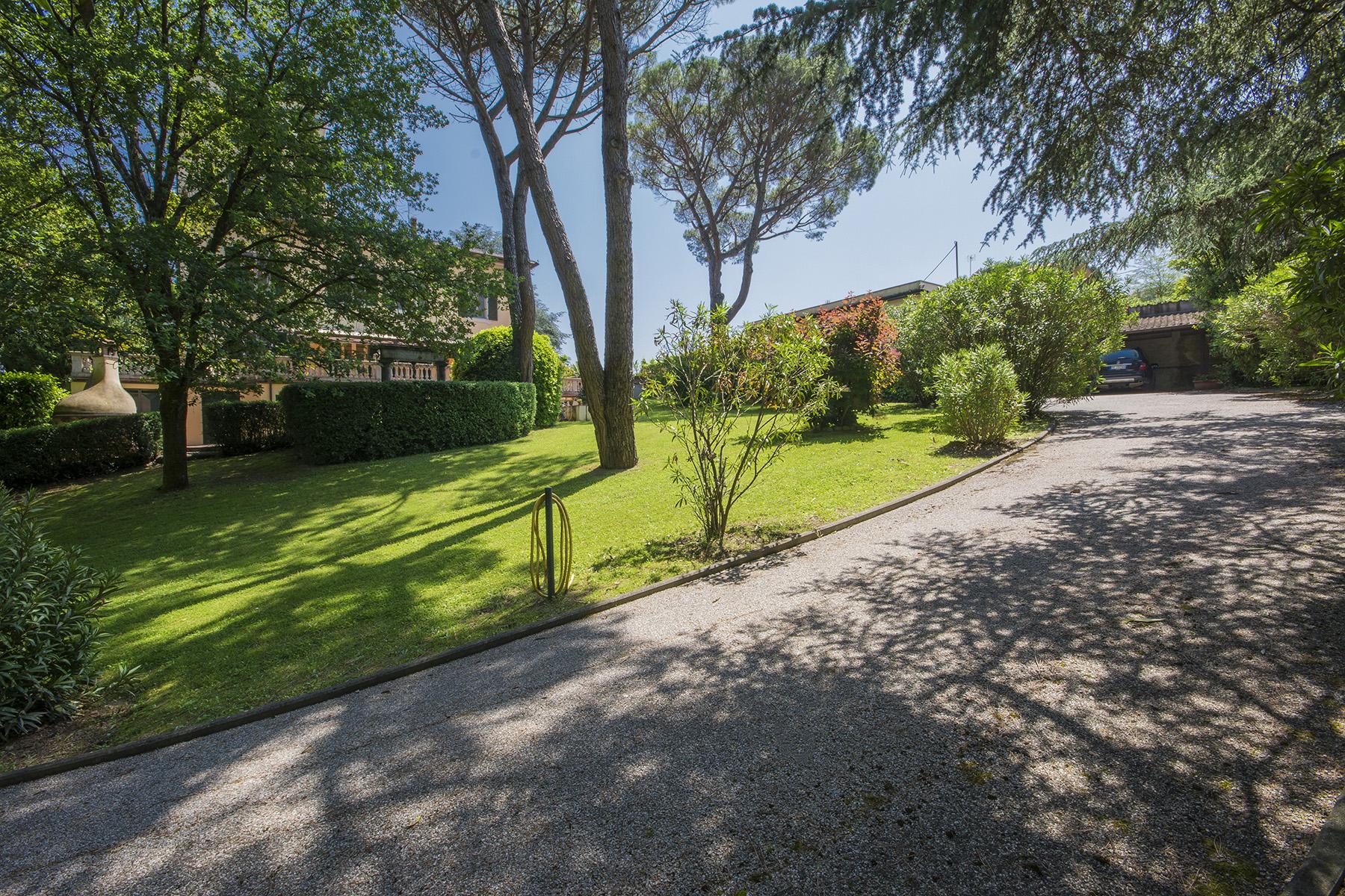 Villa in Vendita a Lucca: 5 locali, 760 mq - Foto 2