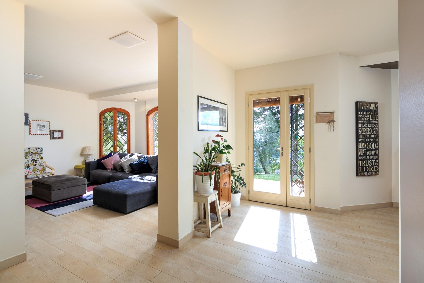 Villa in Vendita a Reggello: 5 locali, 400 mq - Foto 2