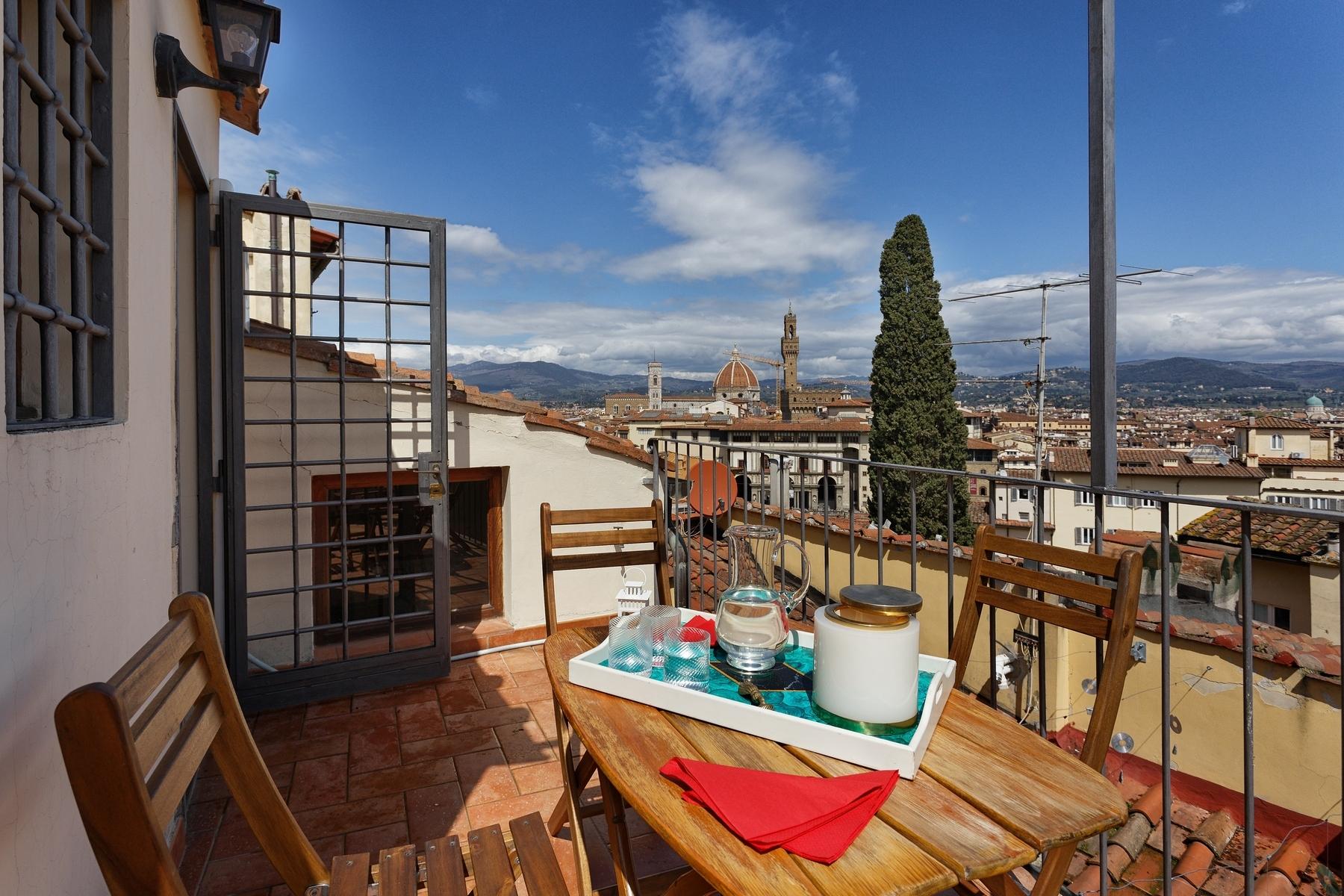 Appartamento in Affitto a Firenze Centro: 5 locali, 228 mq