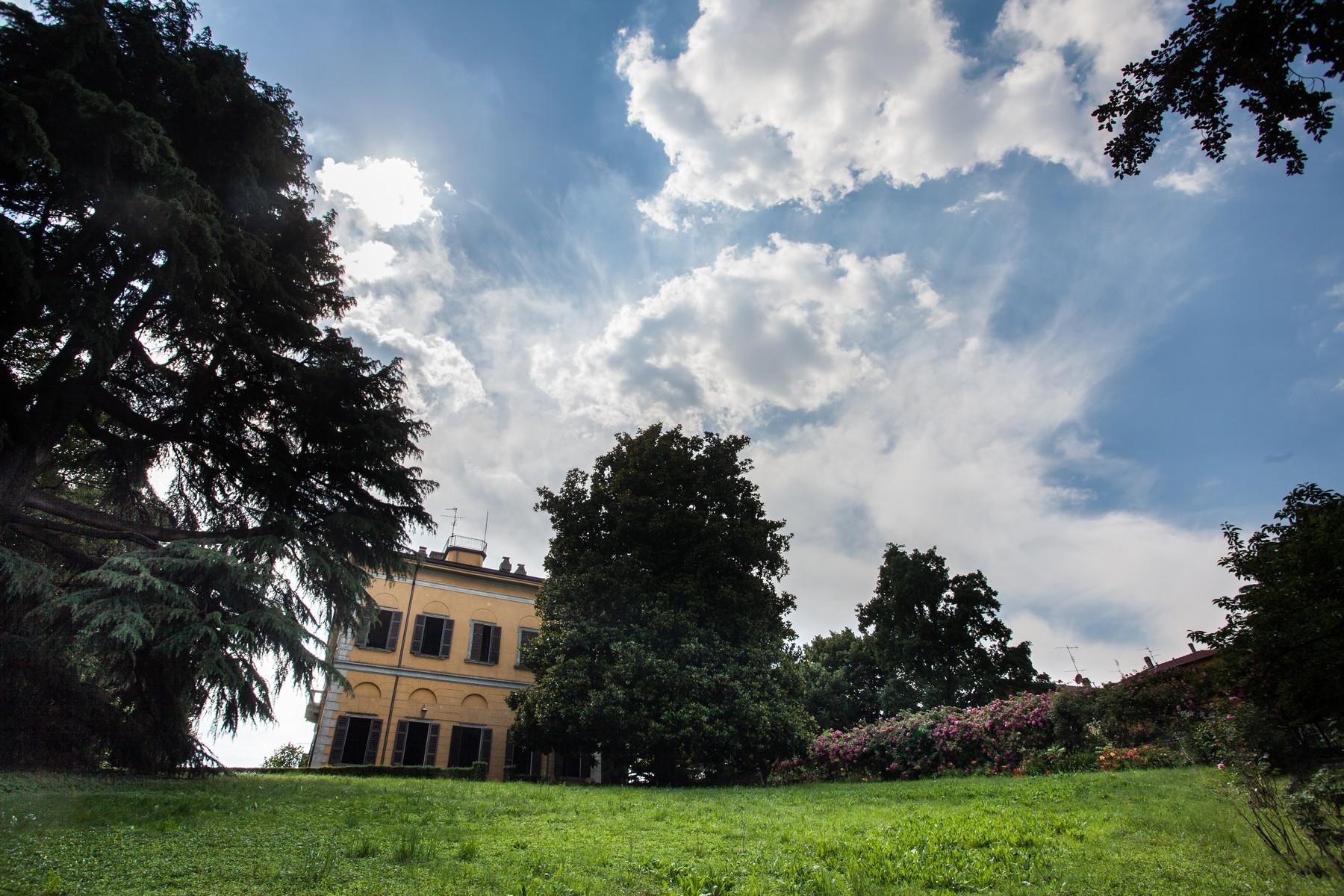 Villa in Vendita a Verano Brianza: 5 locali, 1080 mq - Foto 3