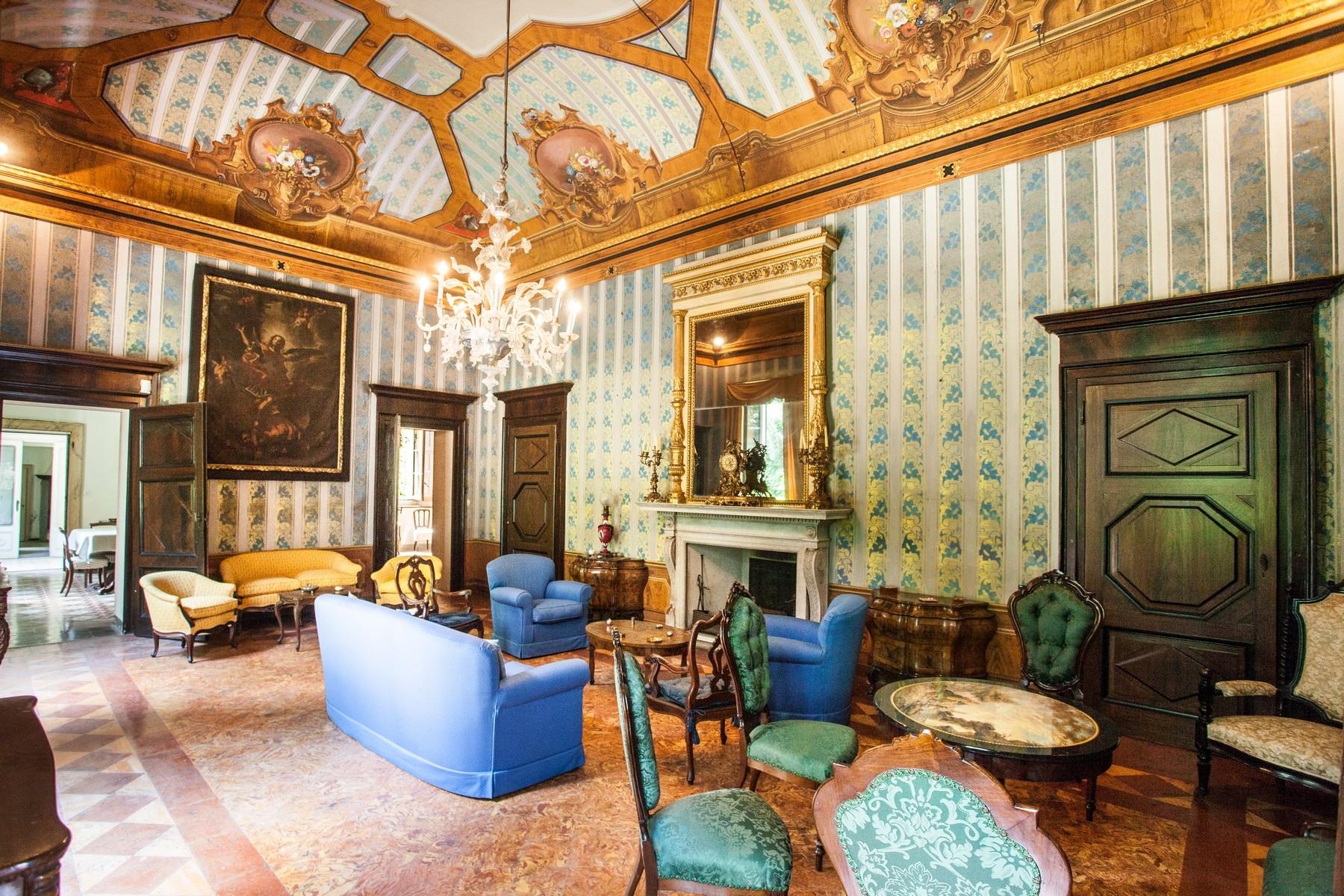 Villa in Vendita a Verano Brianza: 5 locali, 1080 mq - Foto 13