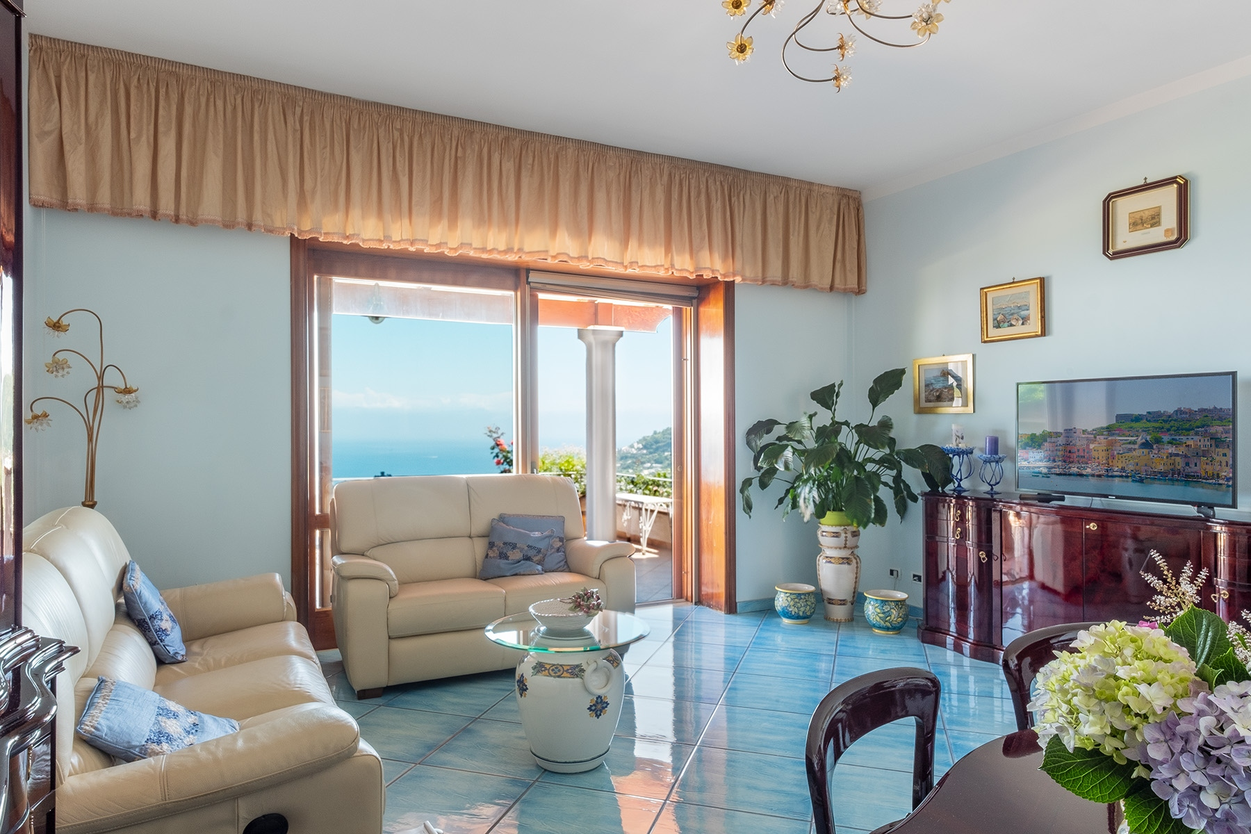 Villa in Vendita a Ischia: 5 locali, 138 mq - Foto 2