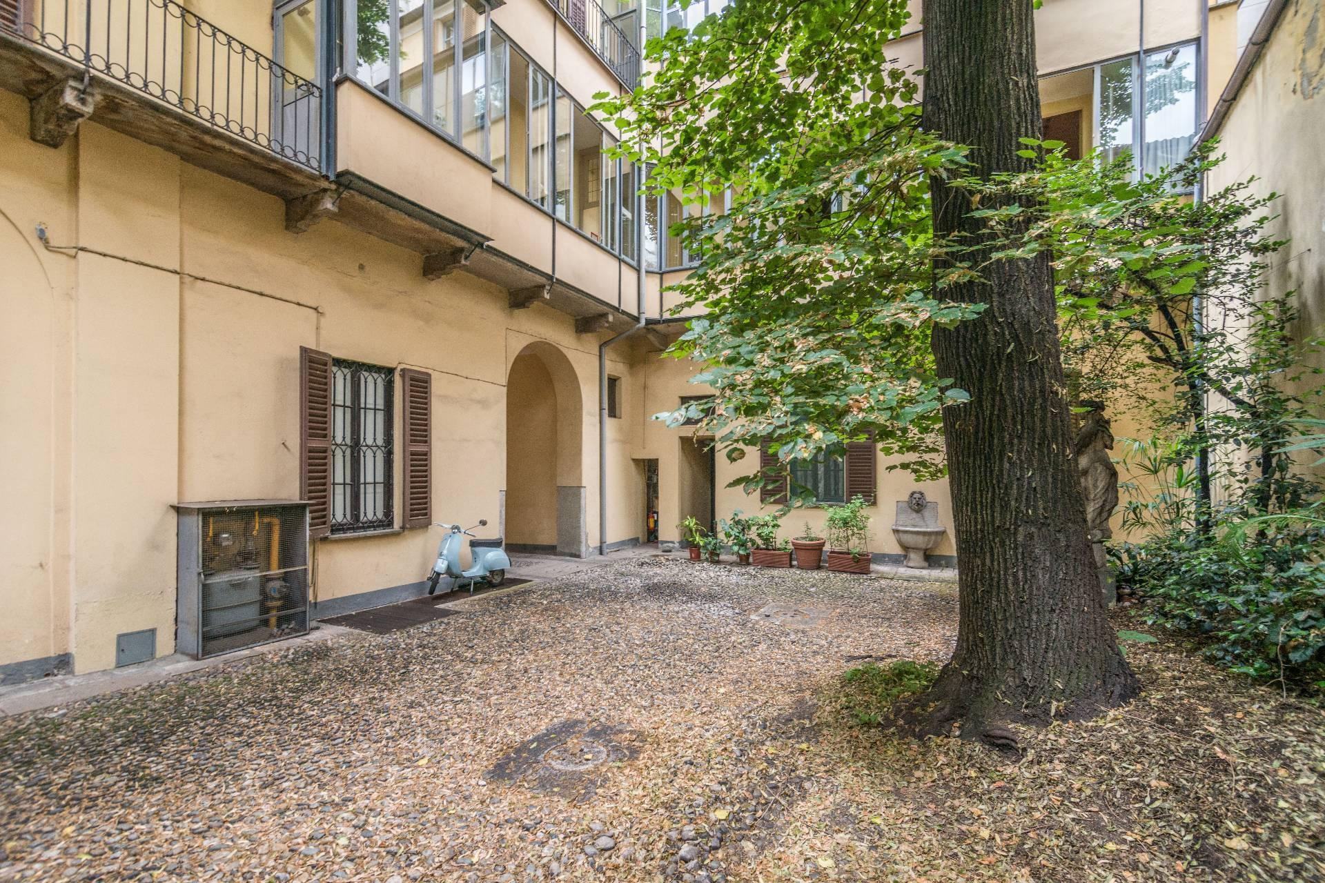 Appartamento in Affitto a Milano: 5 locali, 213 mq - Foto 9