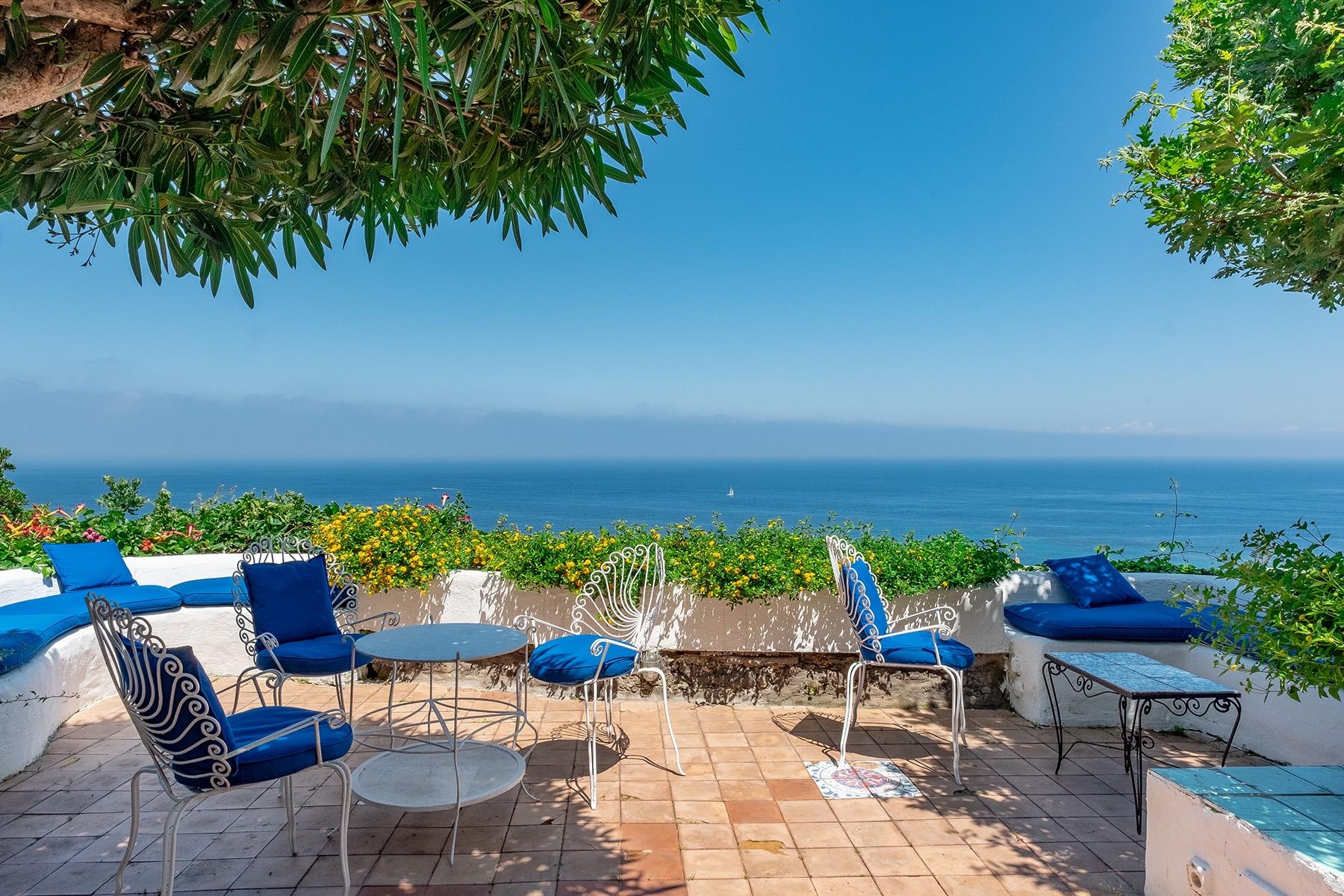Villa in Vendita a Ischia:  5 locali, 206 mq  - Foto 1