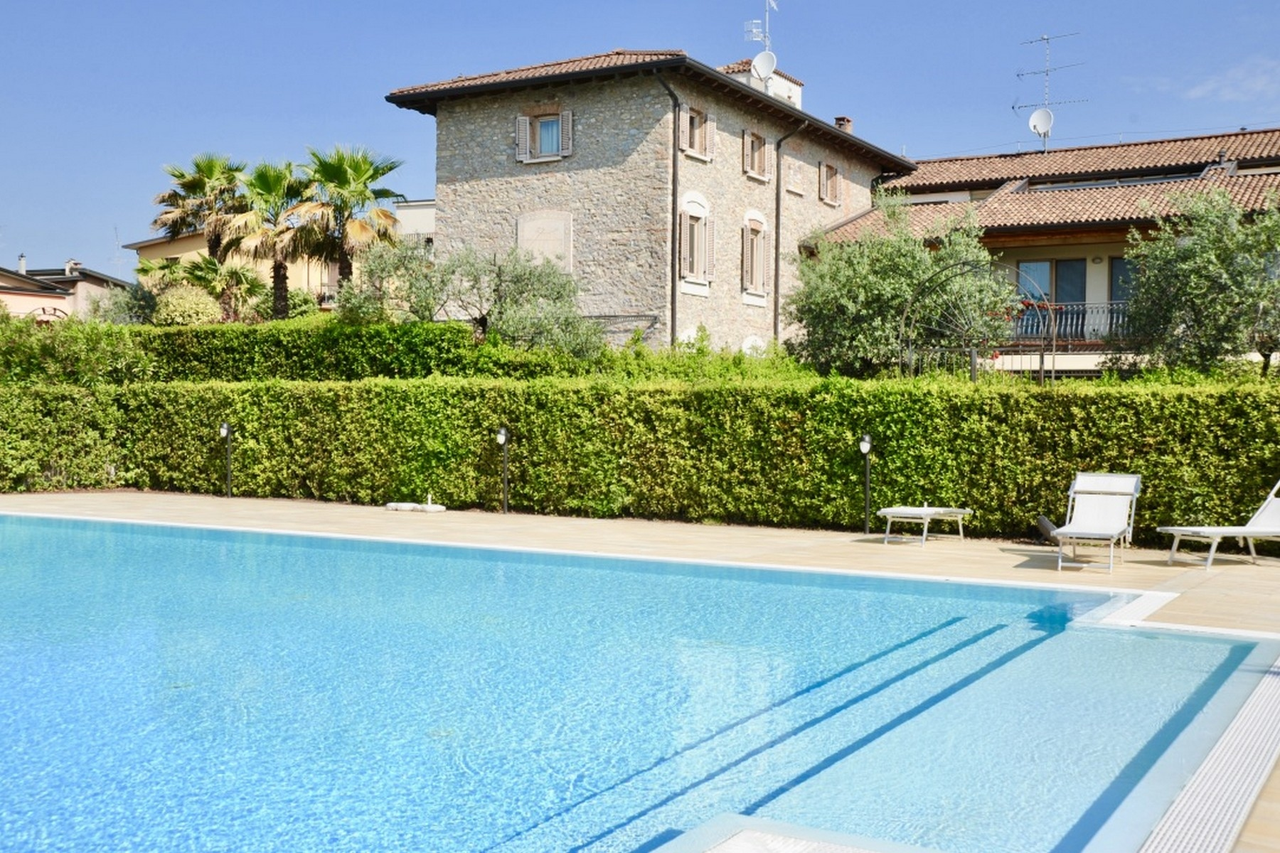 Casa indipendente in Vendita a Desenzano Del Garda via san benedetto