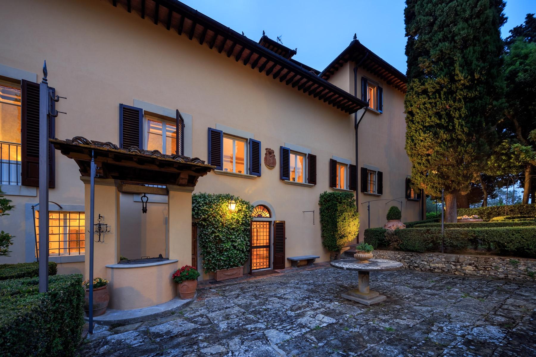 Villa in Vendita a Lastra A Signa: 5 locali, 1750 mq - Foto 3
