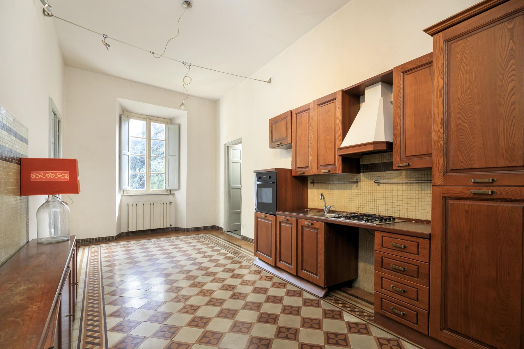 Appartamento in Vendita a Lucca: 5 locali, 251 mq - Foto 5