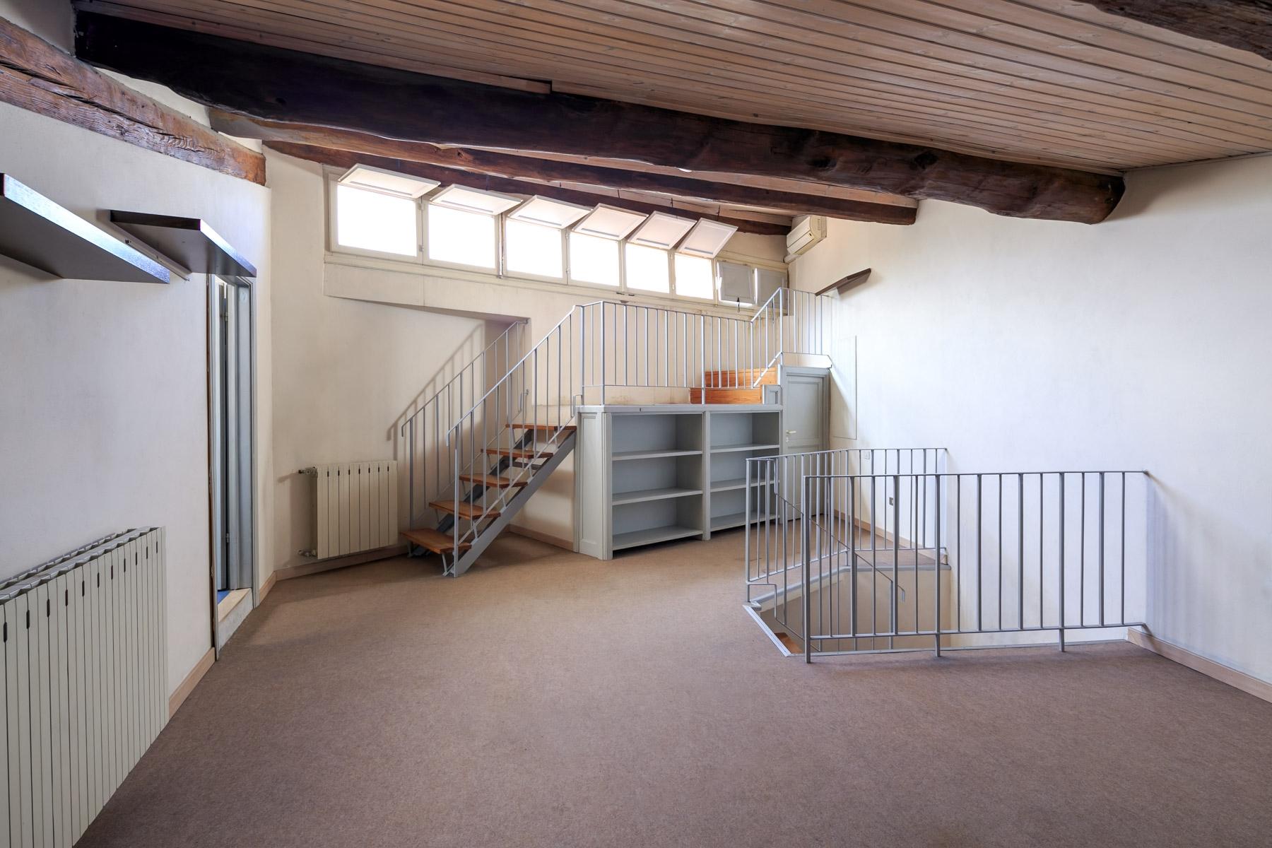 Appartamento in Vendita a Lucca: 5 locali, 251 mq - Foto 9