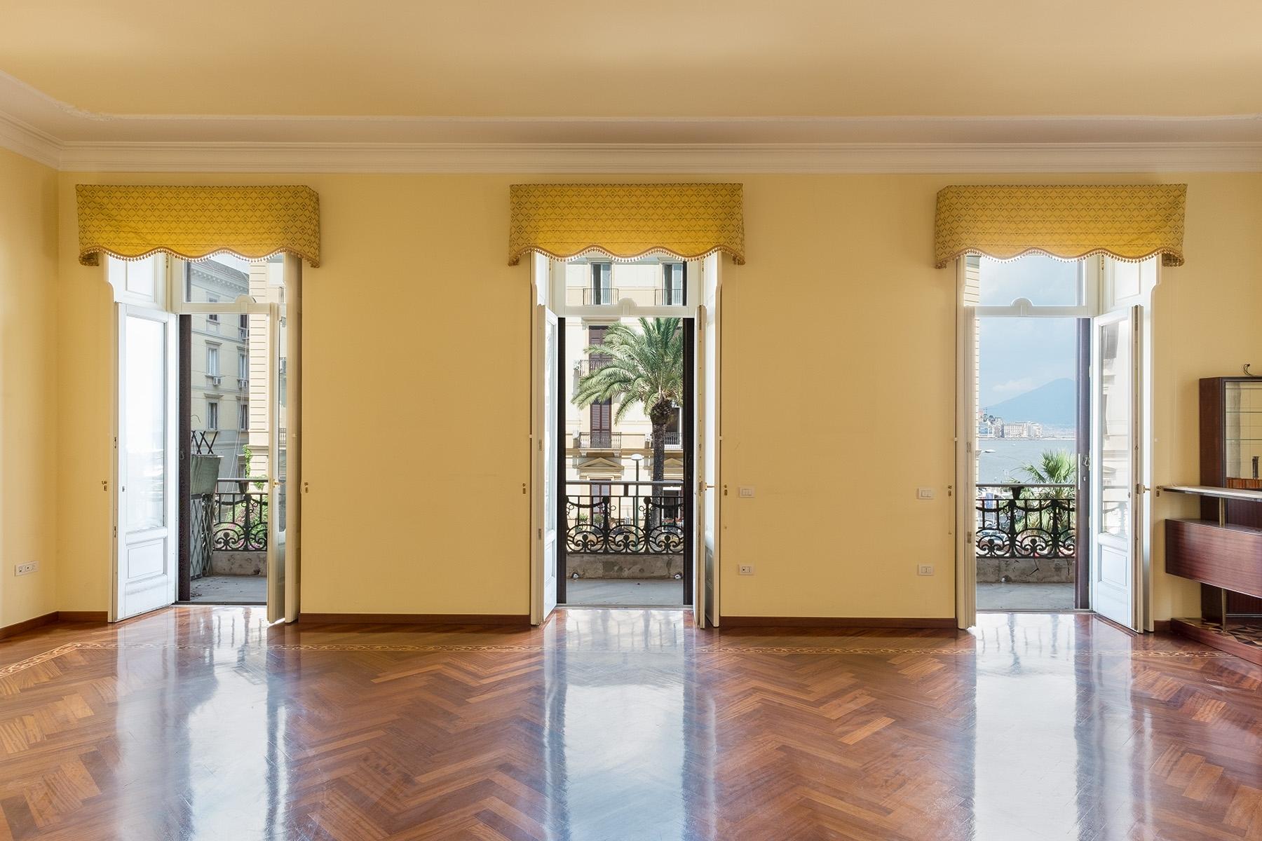 Appartamento in Vendita a Napoli piazza sannazzaro