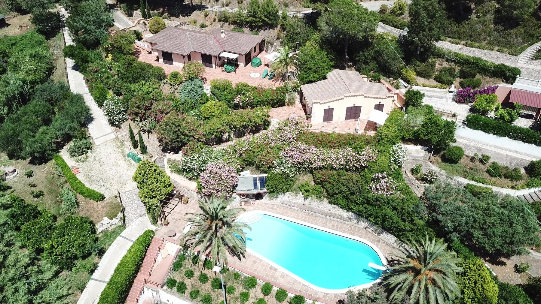 Villa in Vendita a Capoliveri: 5 locali, 290 mq