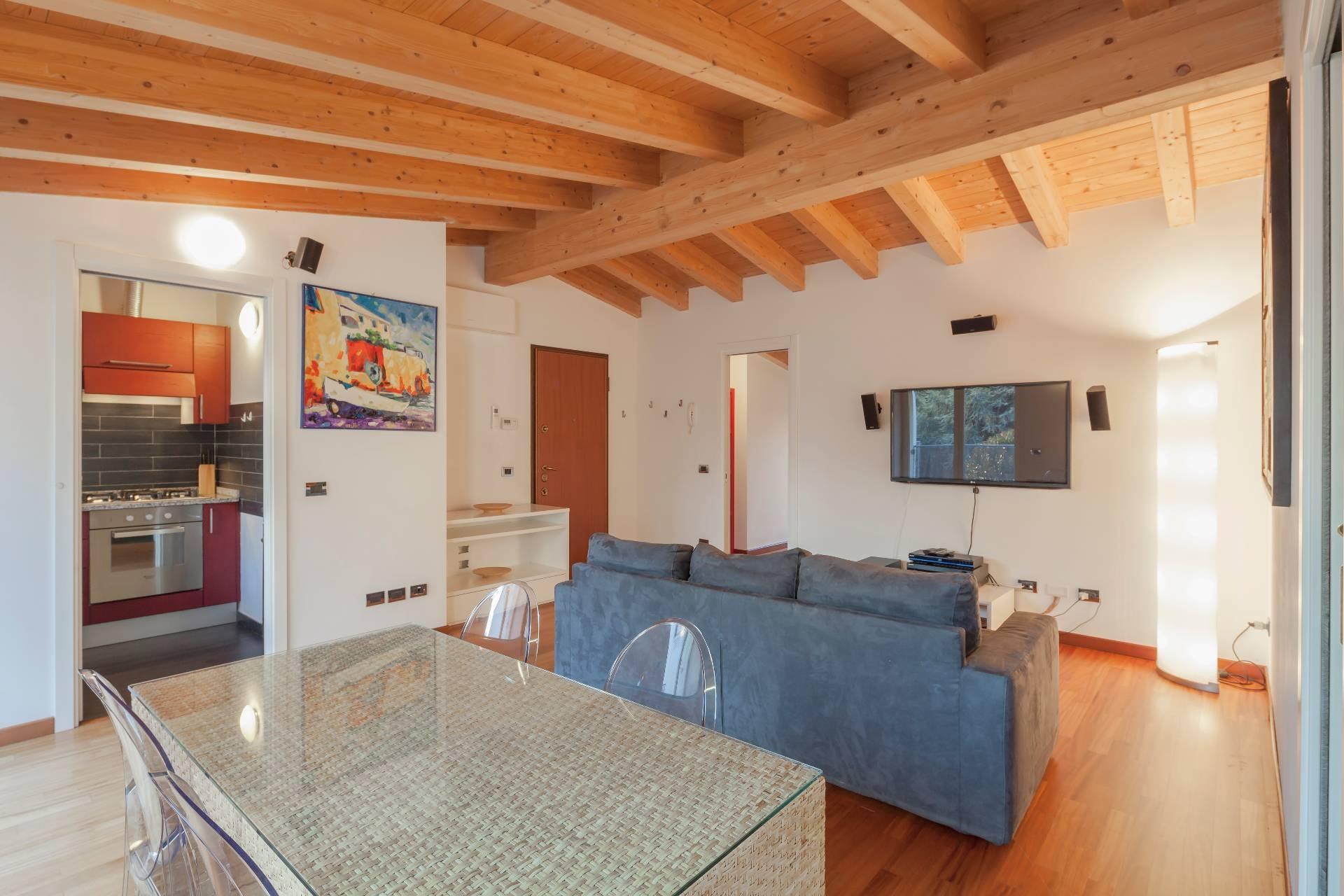 Appartamento in Affitto a Milano 18 Ippodromo / San Siro / Zavattari: 3 locali, 65 mq
