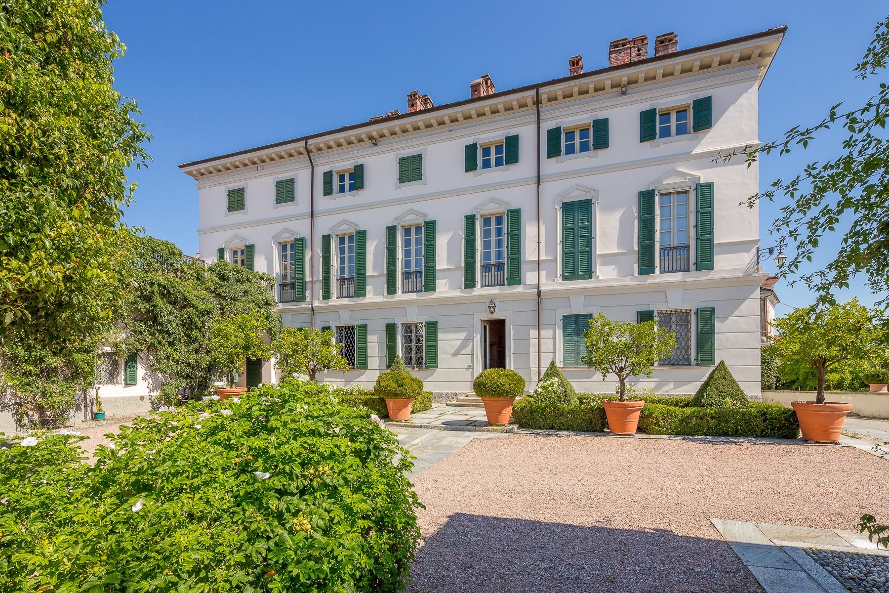 Villa in Vendita a Bogogno:  5 locali, 580 mq  - Foto 1