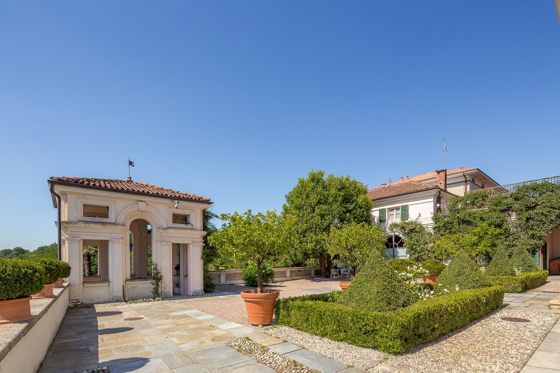 Villa in Vendita a Bogogno: 5 locali, 580 mq - Foto 4