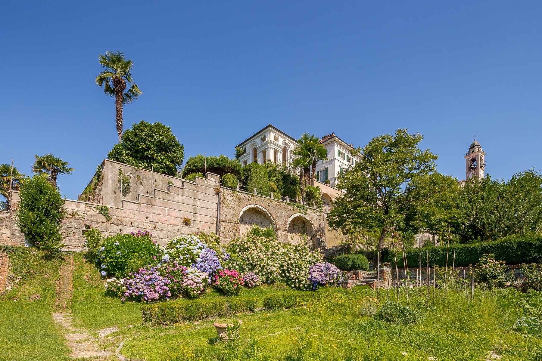 Villa in Vendita a Bogogno vico vicolo castello