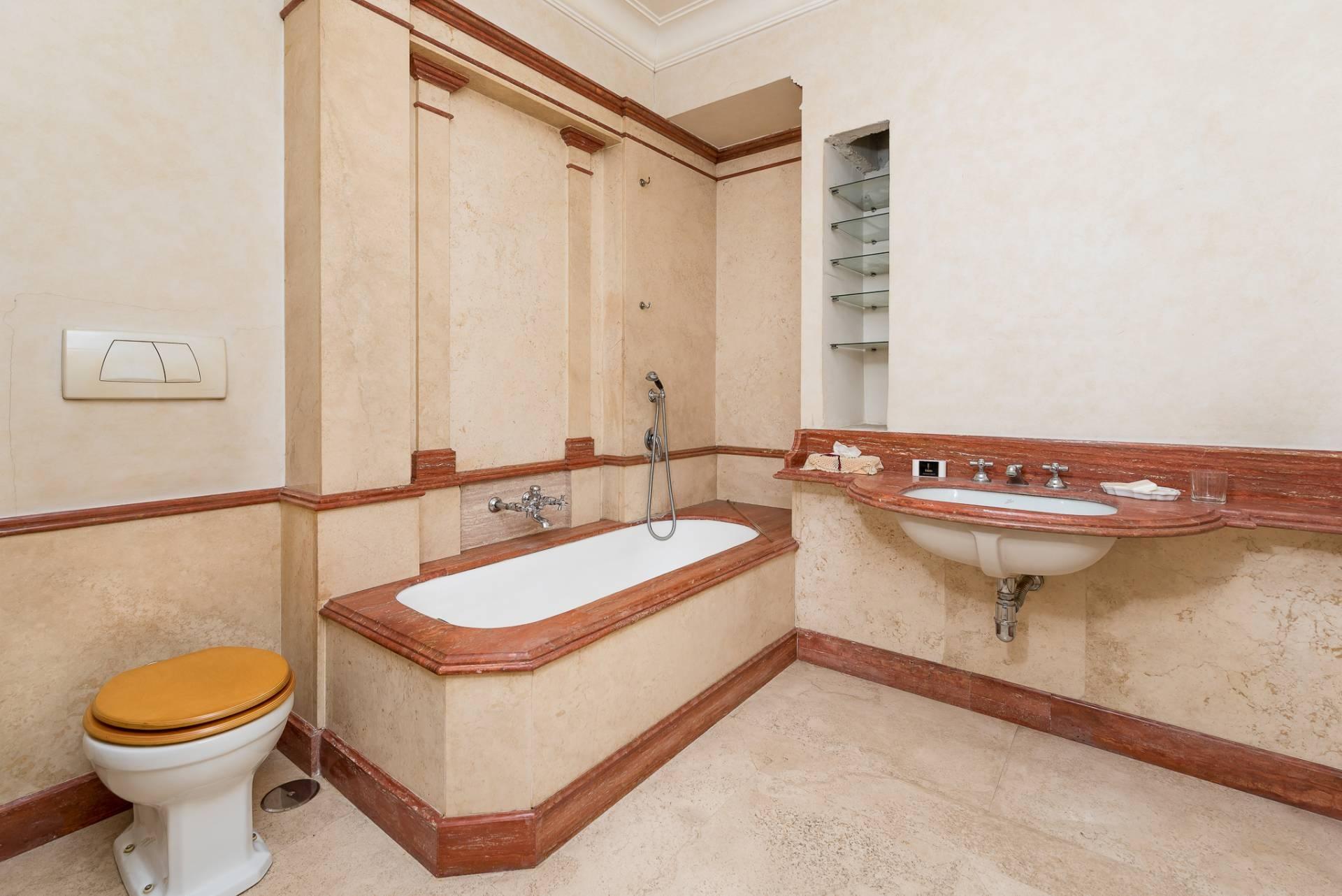 Appartamento in Vendita a Roma: 5 locali, 300 mq - Foto 20