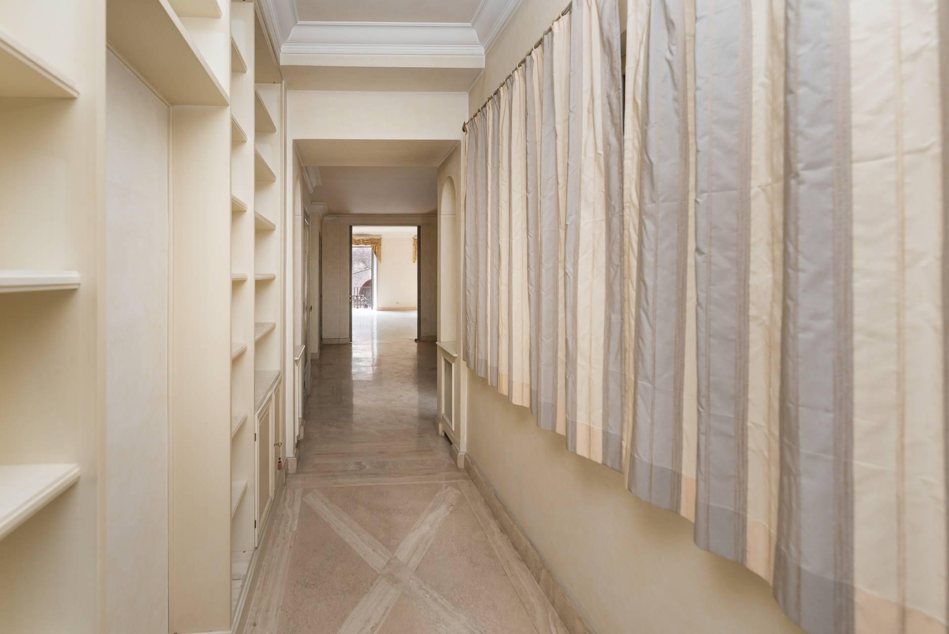 Appartamento in Vendita a Roma: 5 locali, 300 mq - Foto 21