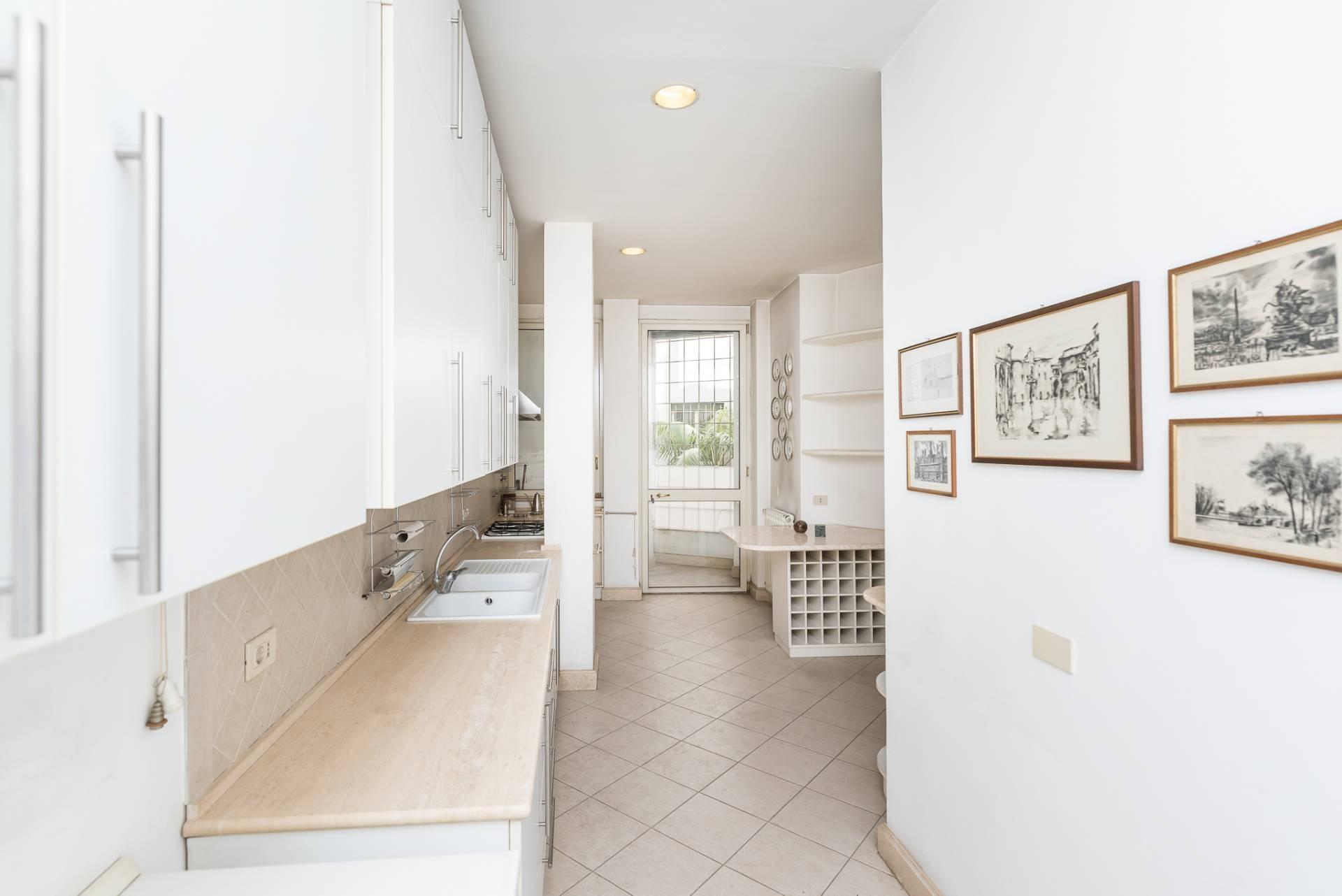 Appartamento in Vendita a Roma: 5 locali, 300 mq - Foto 22