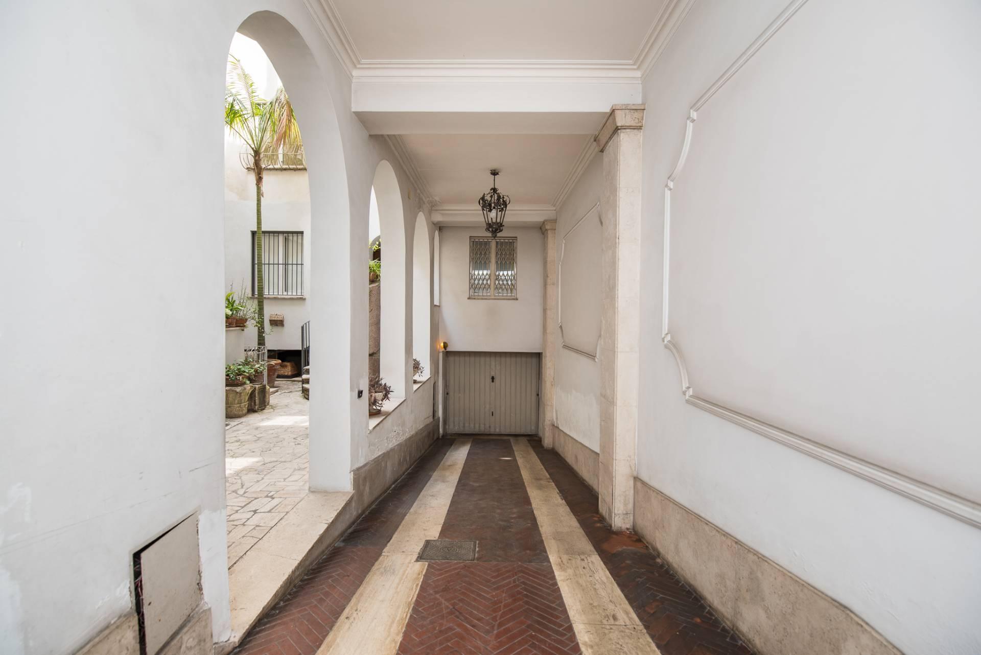 Appartamento in Vendita a Roma: 5 locali, 300 mq - Foto 28
