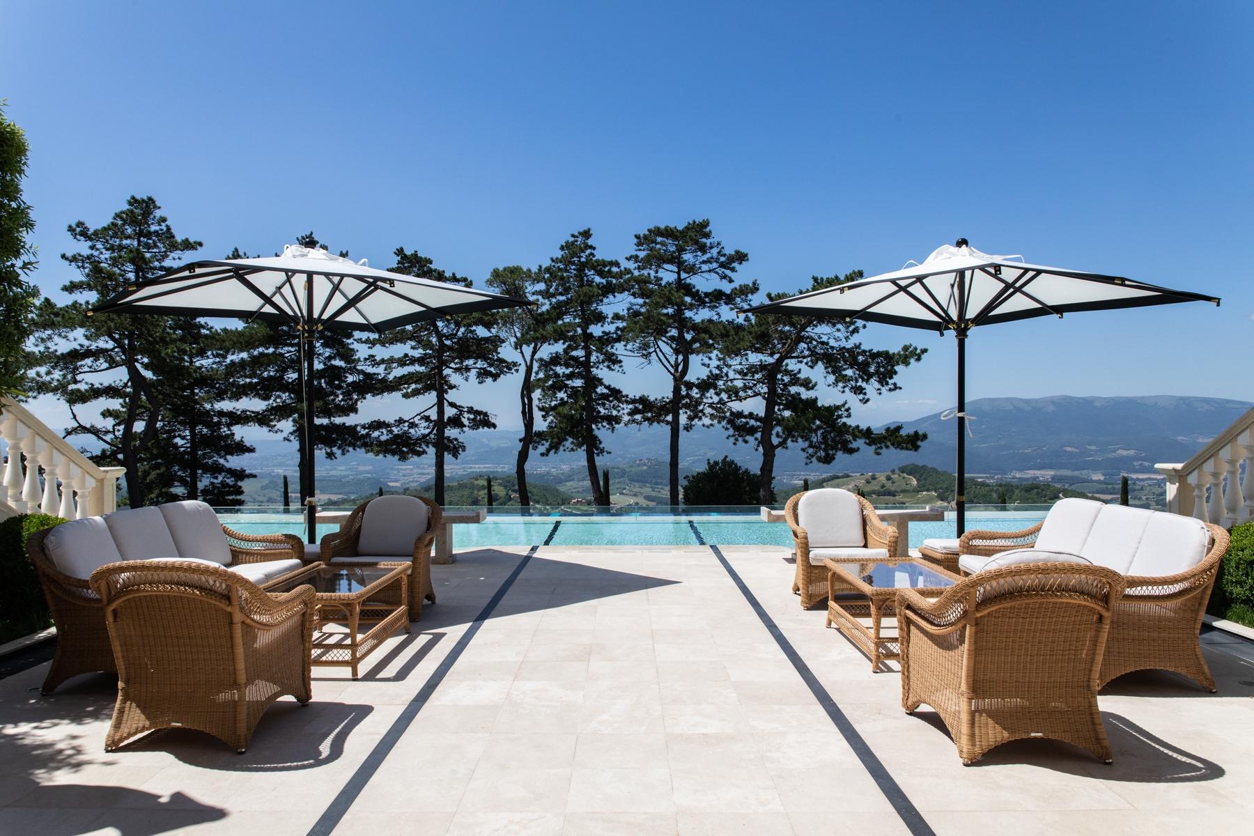 Villa in Vendita a Gubbio: 5 locali, 1200 mq - Foto 14