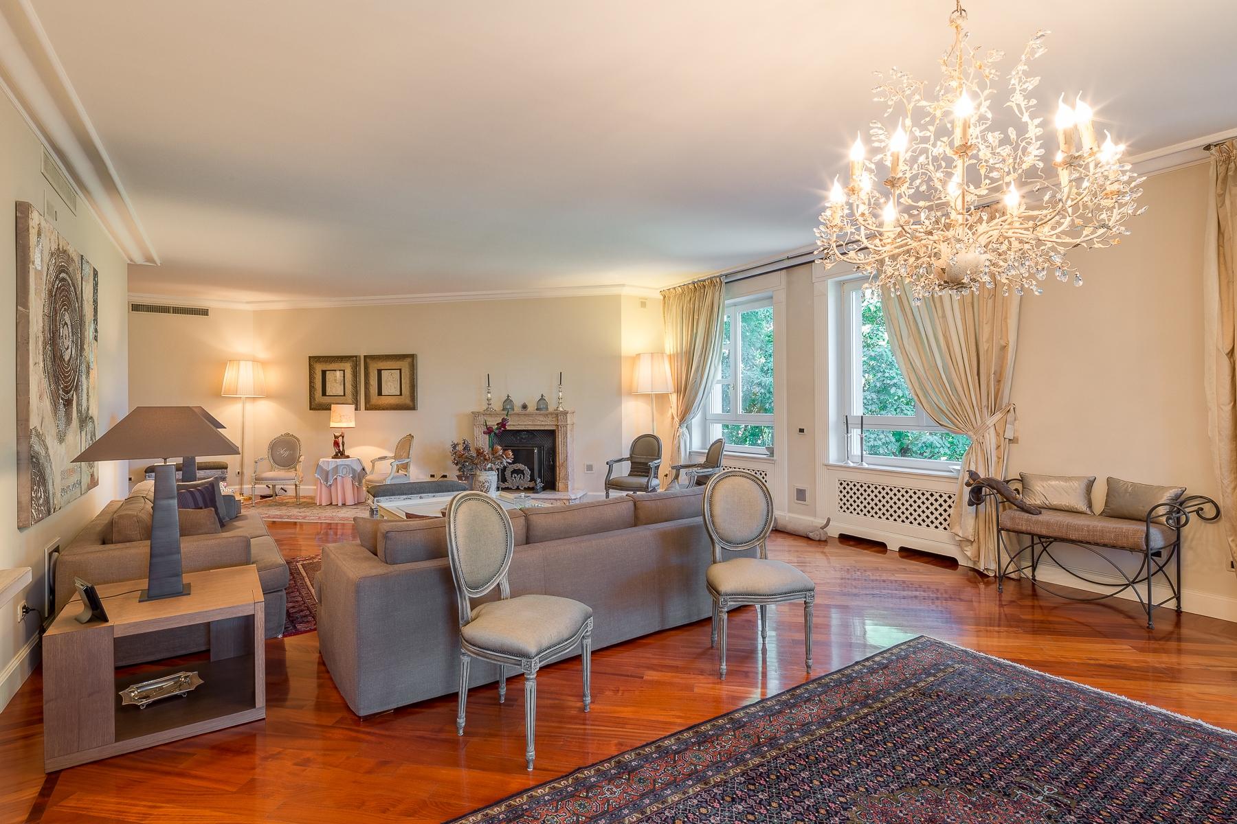 Appartamento in Vendita a Milano: 5 locali, 265 mq - Foto 2