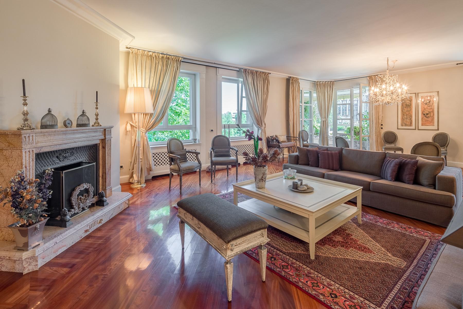 Appartamento in Vendita a Milano via fetonte