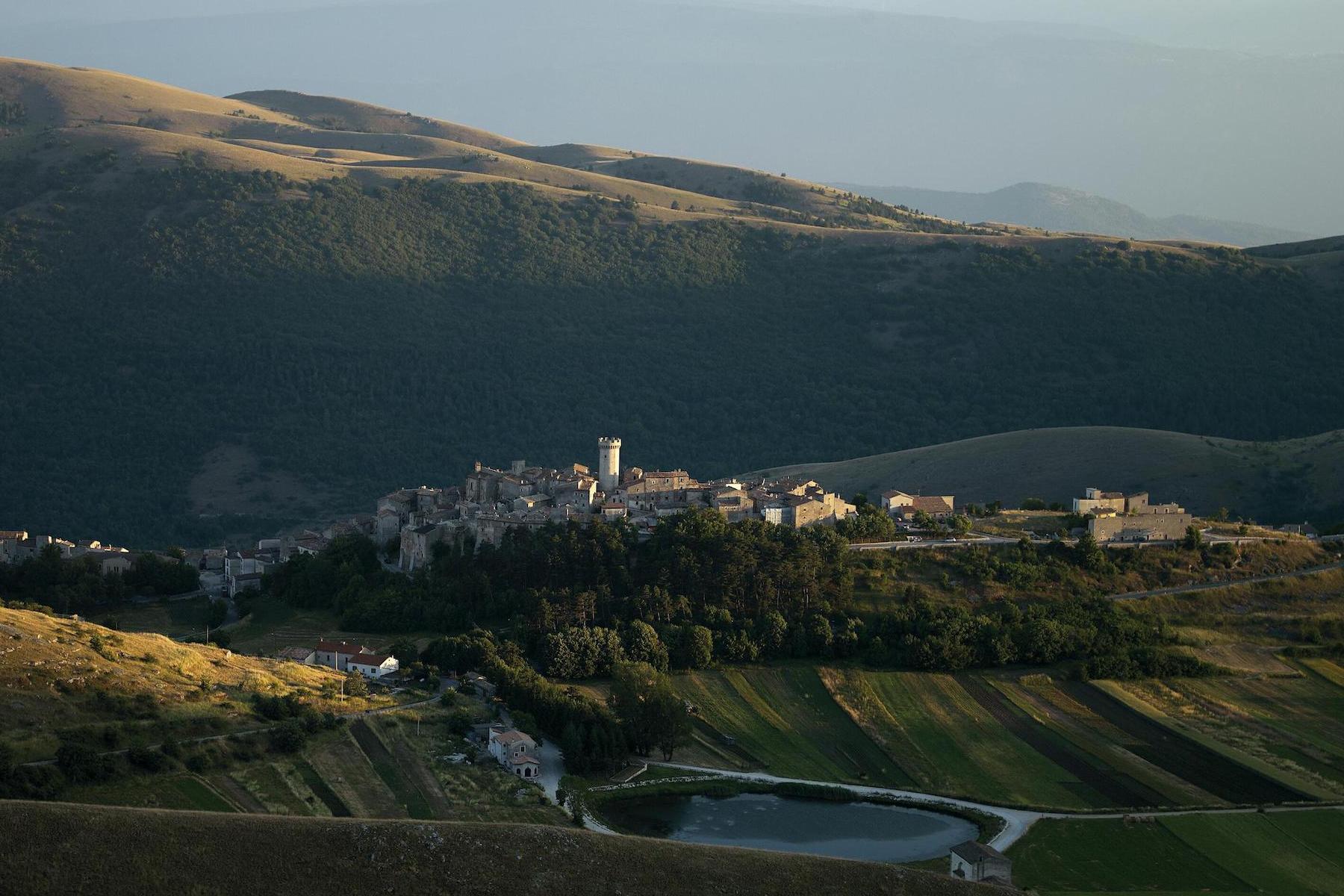Appartamento in Vendita a Santo Stefano Di Sessanio via della torre