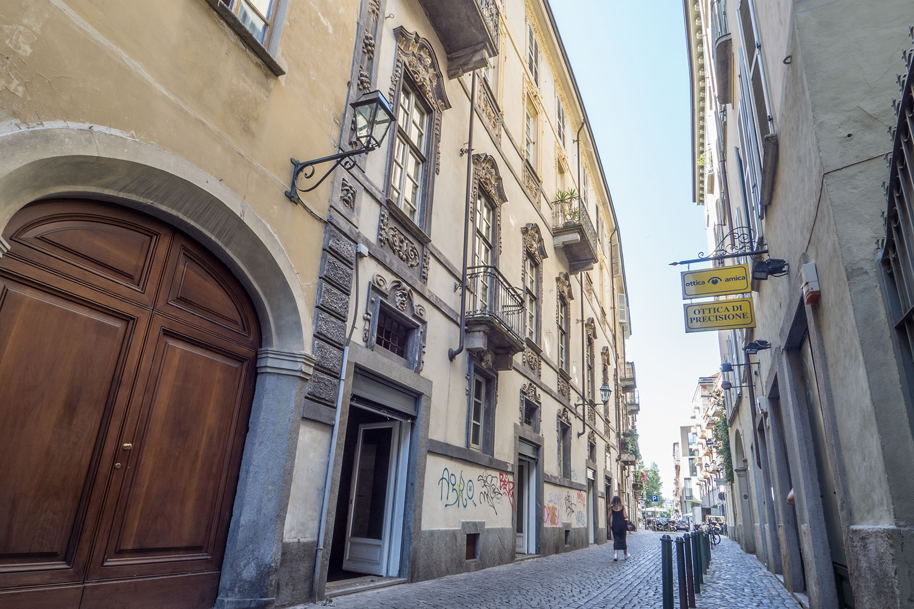 Negozio-locale in Vendita a Torino Centro: 5 locali, 345 mq