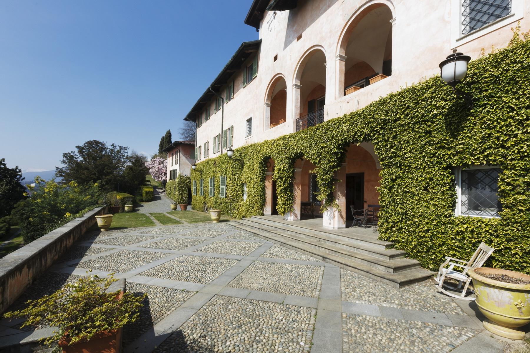 Villa in Vendita a Biella: 5 locali, 2500 mq - Foto 2
