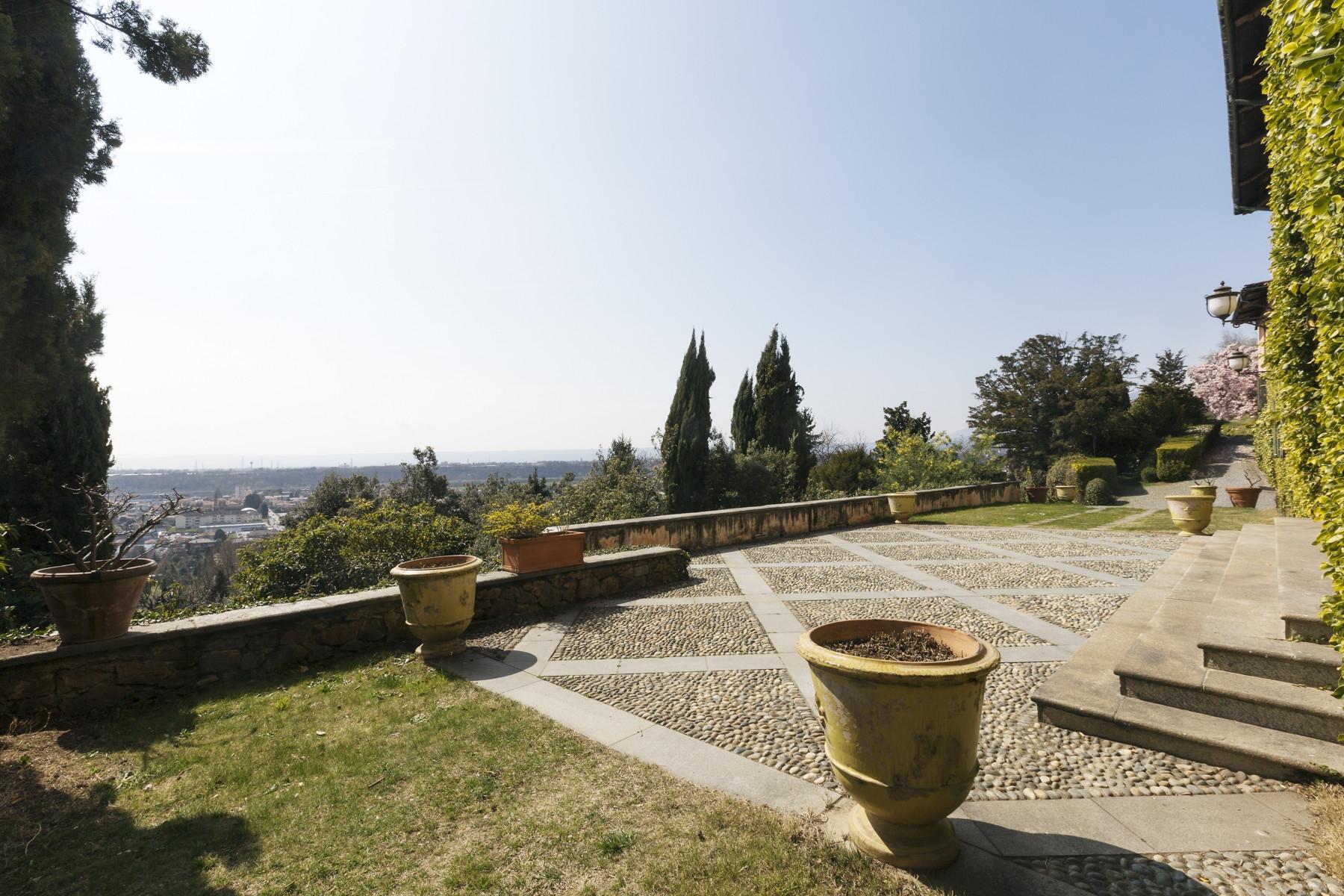 Villa in Vendita a Biella: 5 locali, 2500 mq - Foto 4