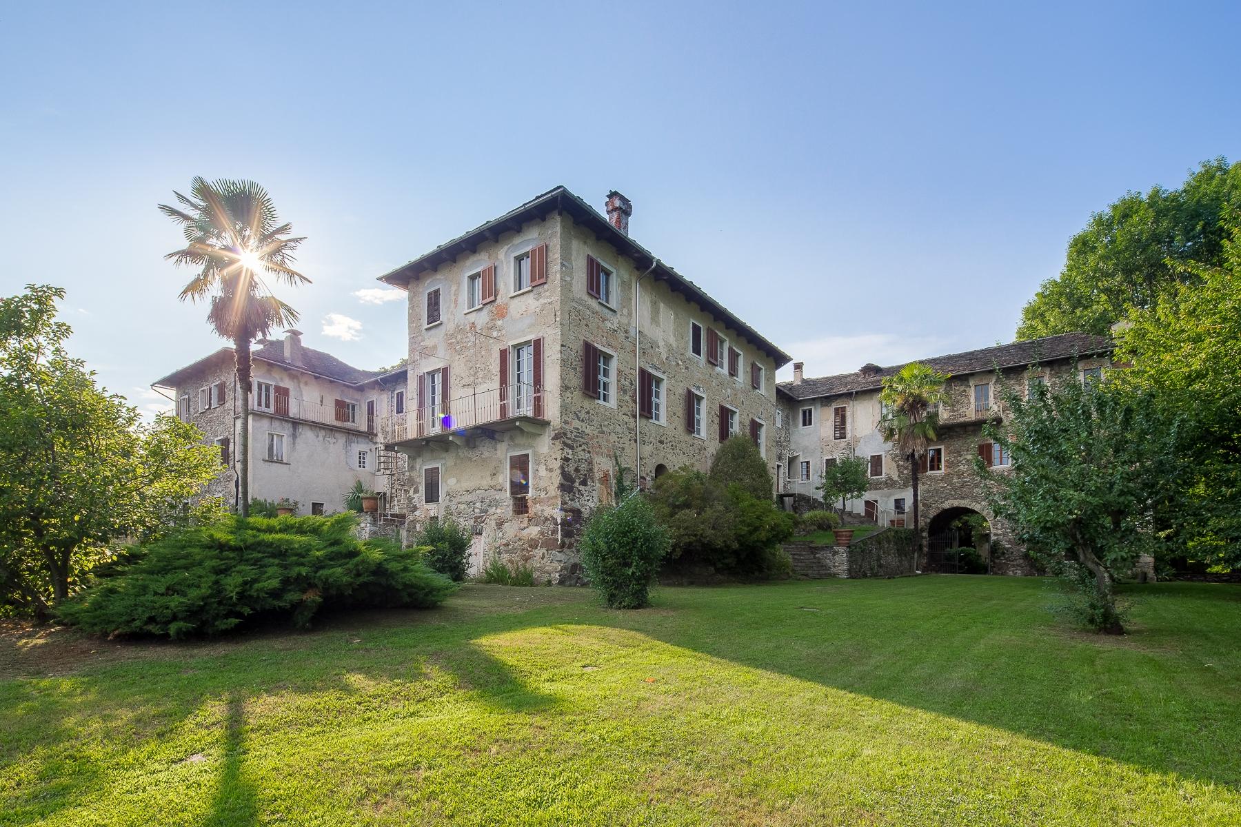 Villa in Vendita a Orta San Giulio: 5 locali, 1600 mq - Foto 4
